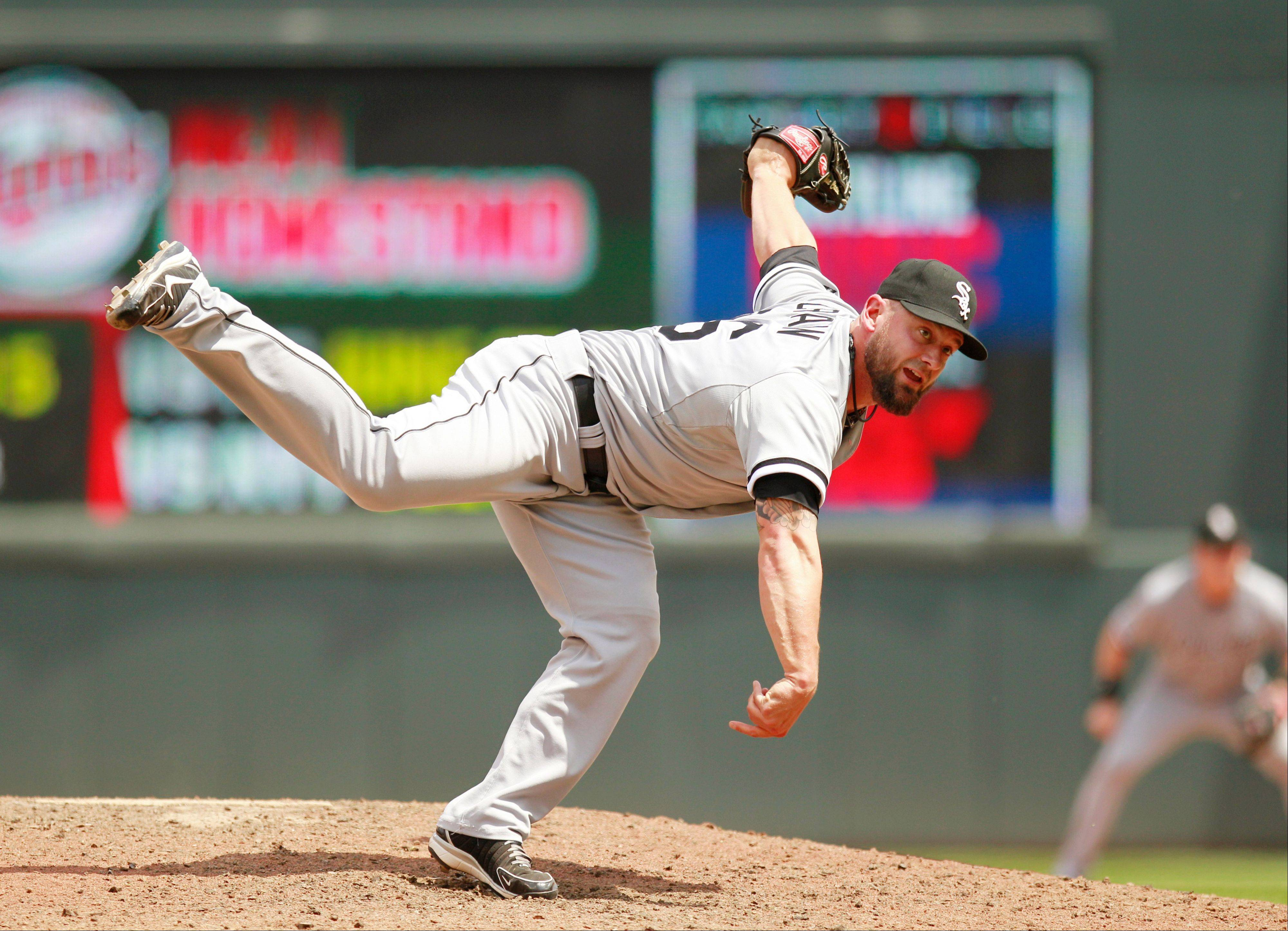 Chicago White Sox relief pitcher Jesse Crain has been traded to the Tampa Bay Rays.