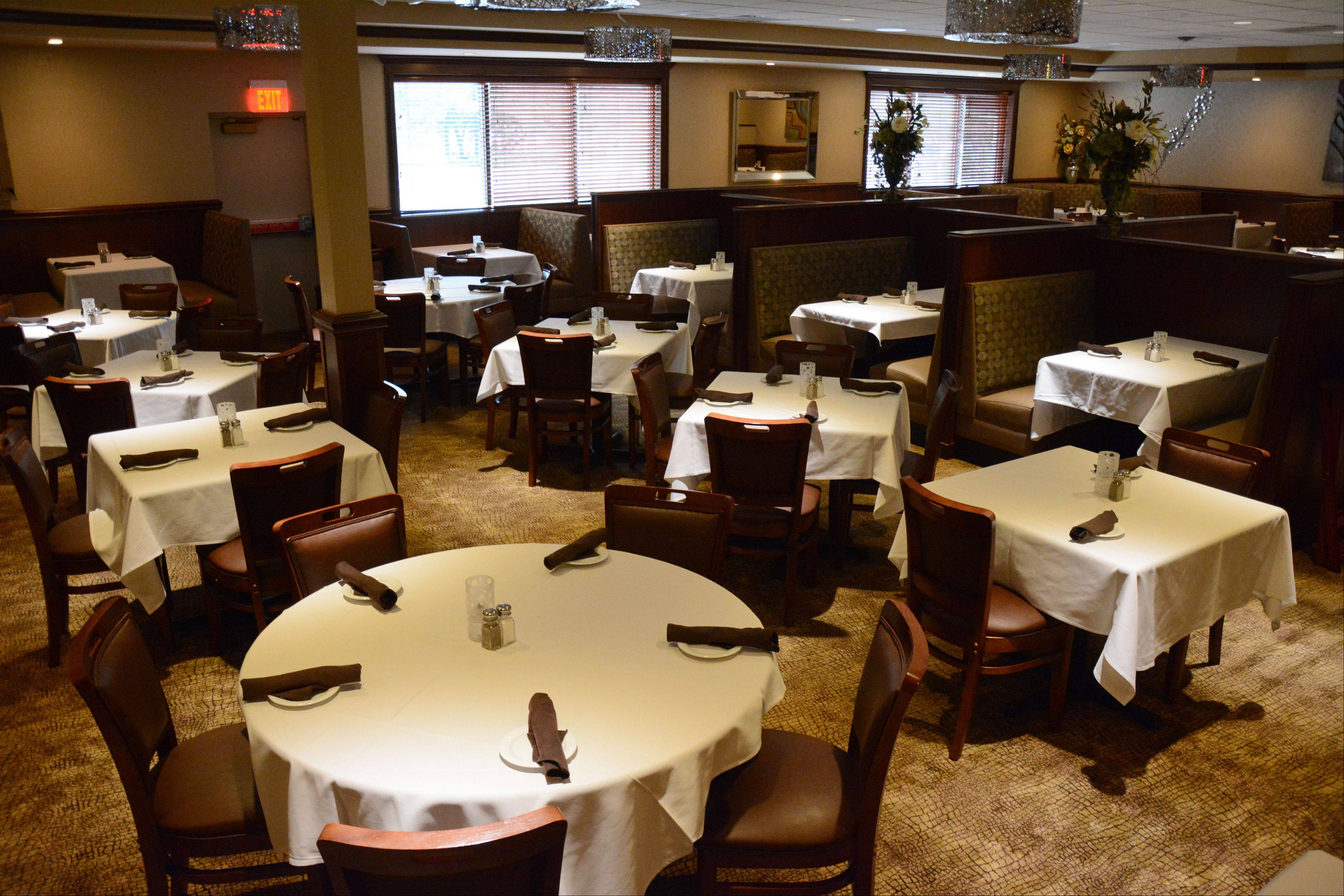 Vidalia Steakhouse in Schaumburg welcomes all ages to its dining rooms.