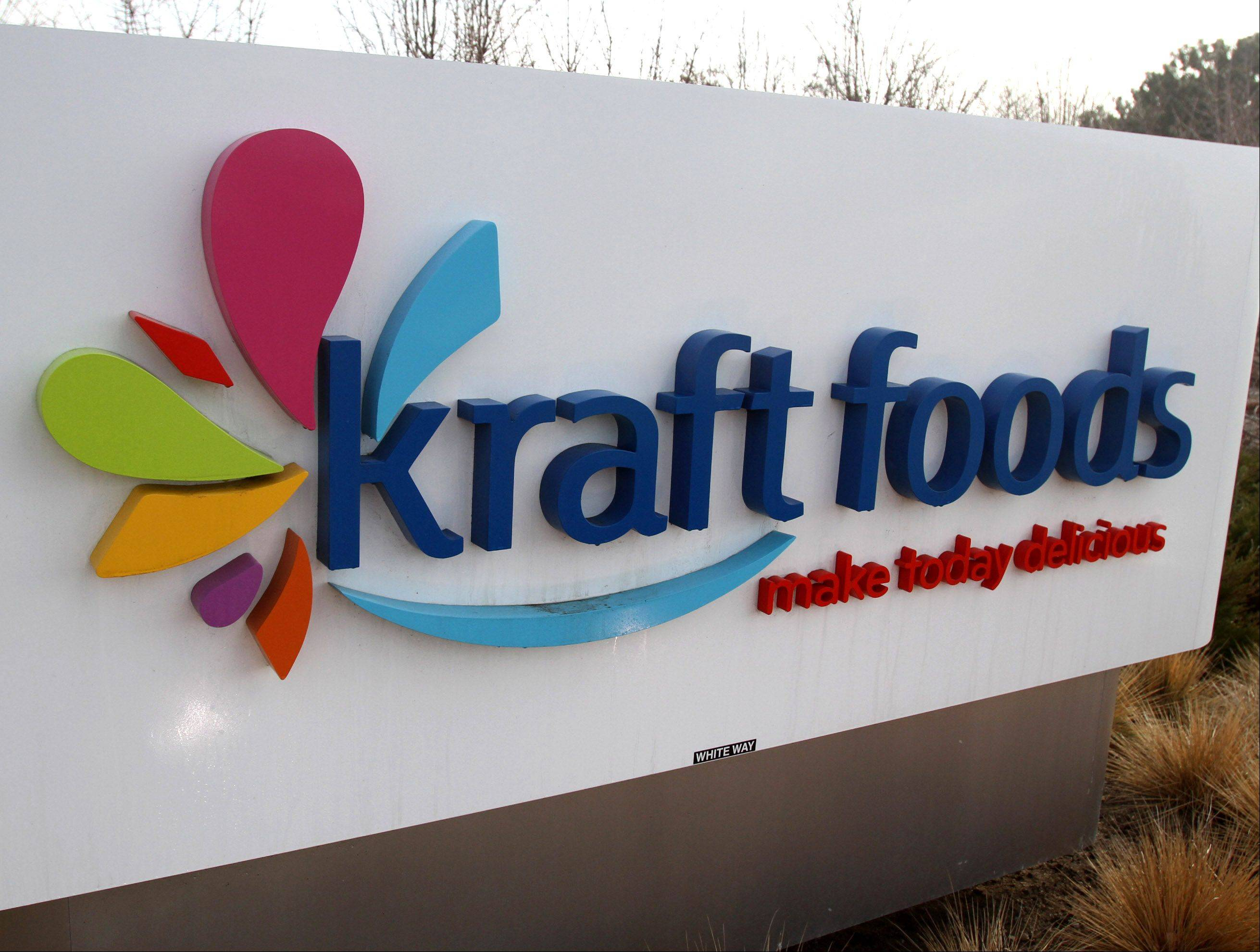 Northfield-based Kraft Foods Group Inc. says it profit rose in the second quarter but its revenue slipped on weak sales of cold cuts and salad dressings.