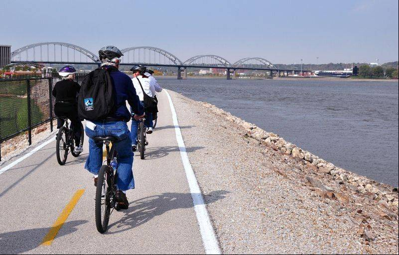 In Rock Island, the bike path passes along the Mississippi River levee.