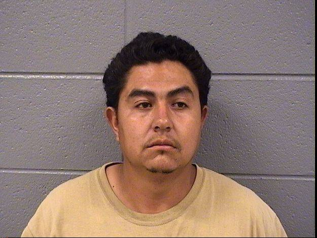 Hoffman Estates man charged after recording under girl's skirt