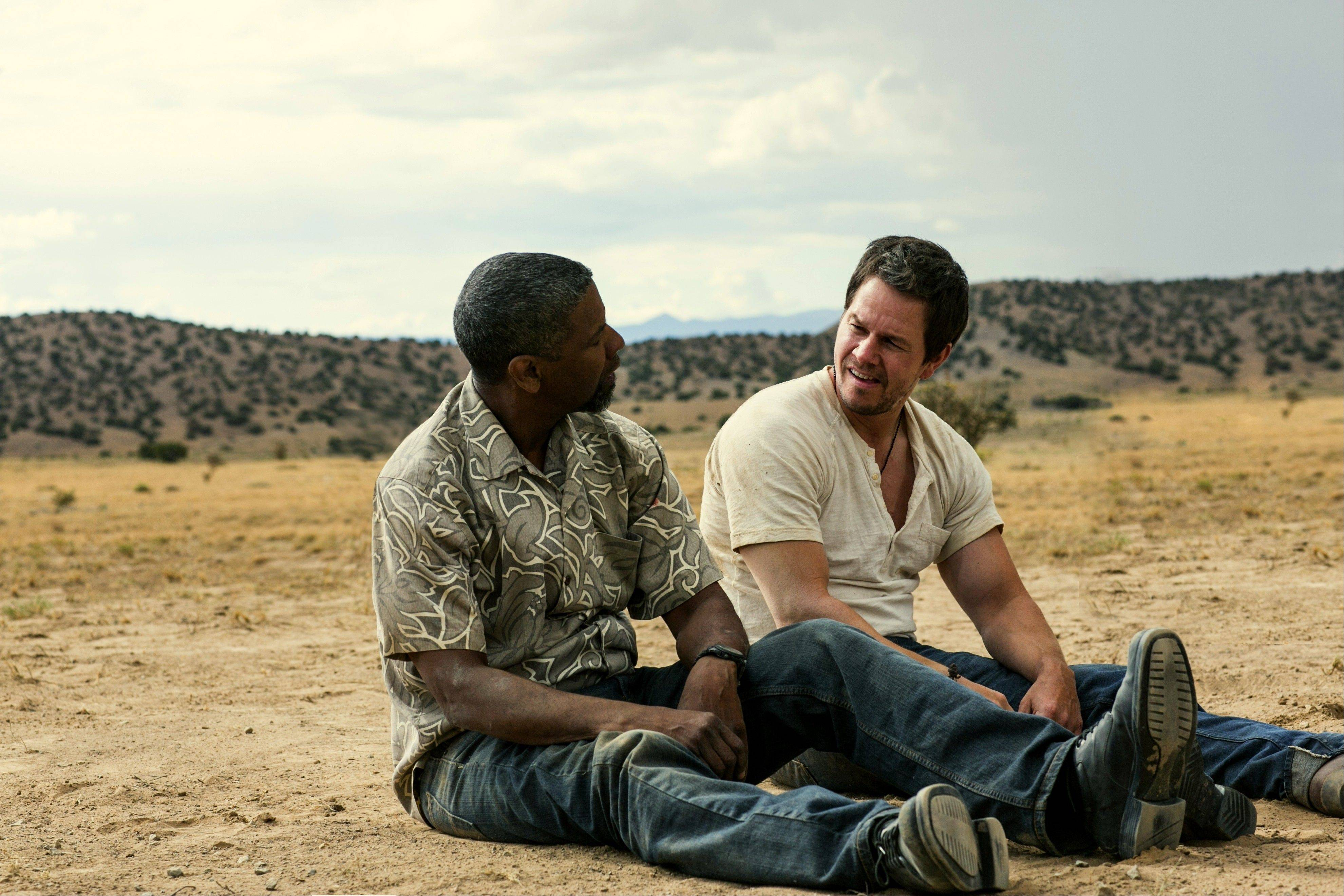 "Trench (Denzel Washington) and Stig (Mark Wahlberg) don't know they both are working as undercover agents in ""2 Guns."""