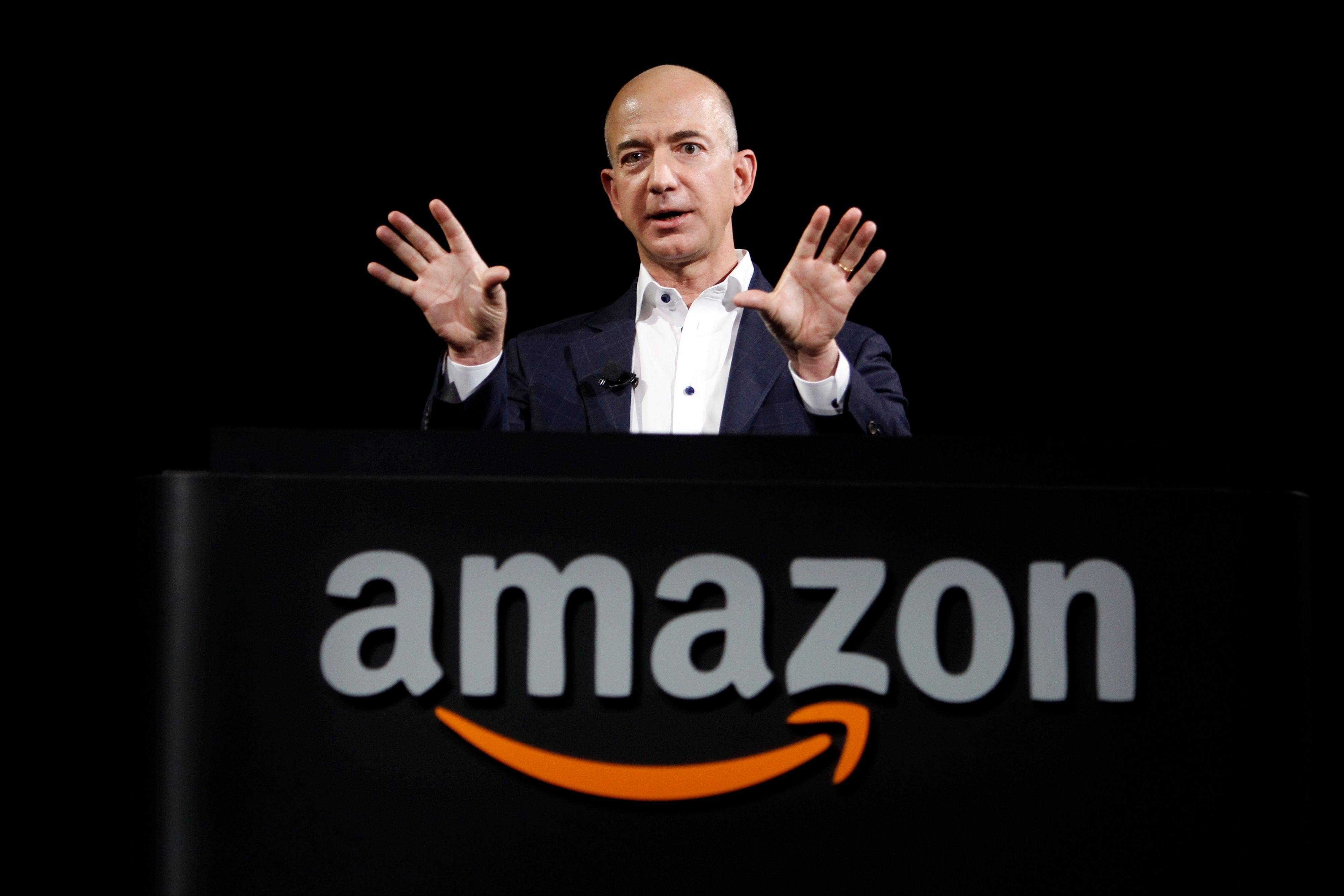 Amazon CEO to buy Washington Post