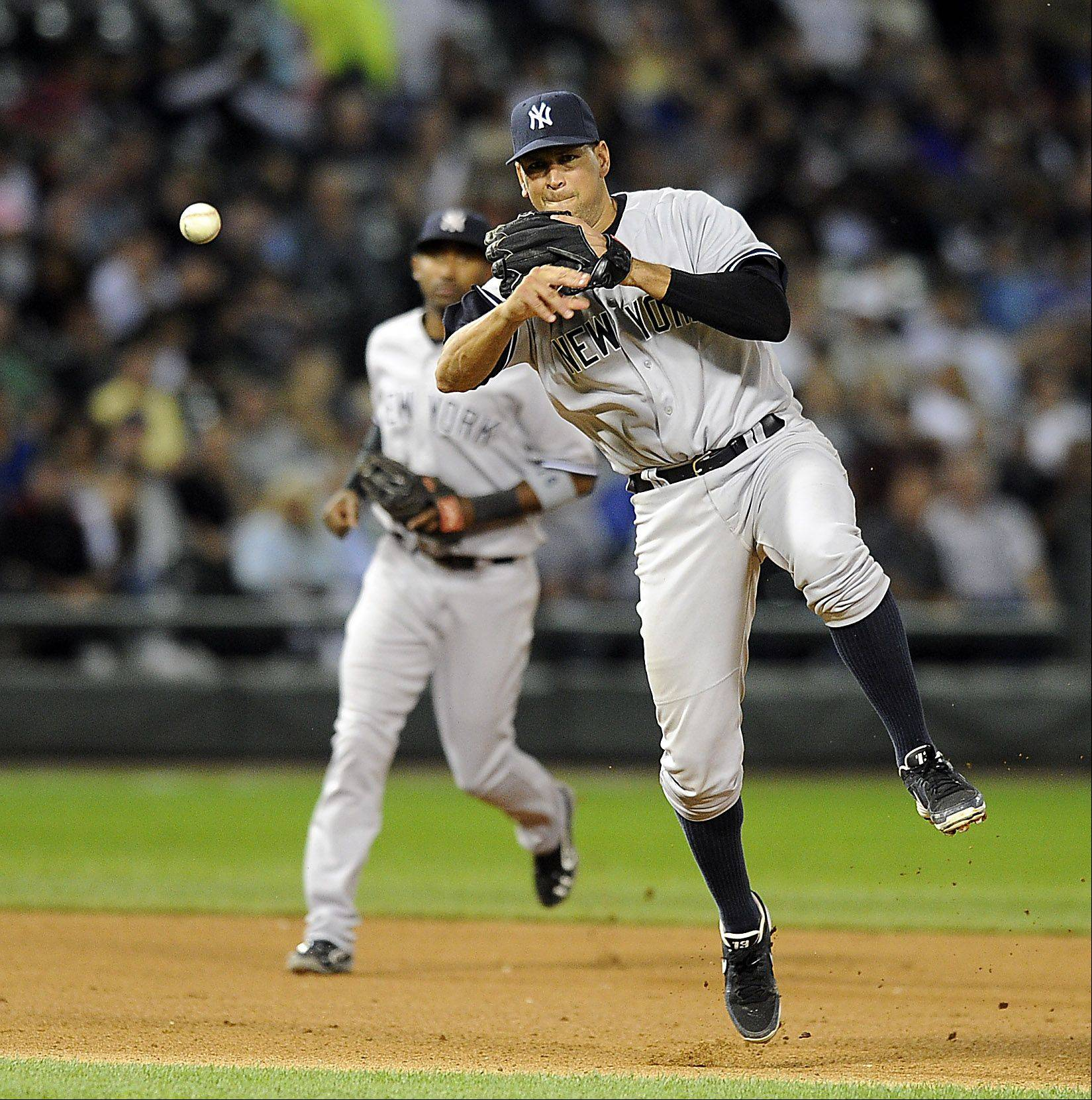 New York Yankees Alex Rodriguez throws out White Sox's Jeff Keppinger in the 6th inning.