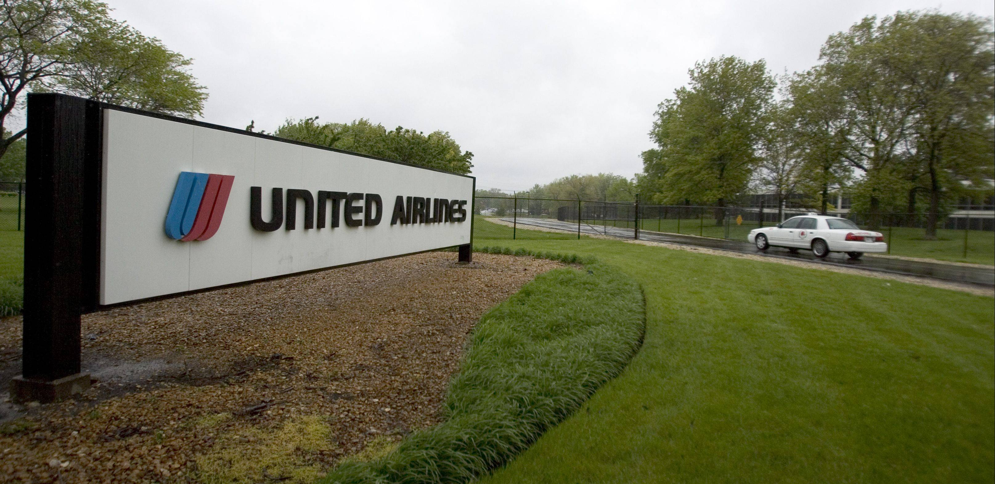 United Airlines has moved its headquarters from this sprawling campus in Elk Grove Township to downtown Chicago.