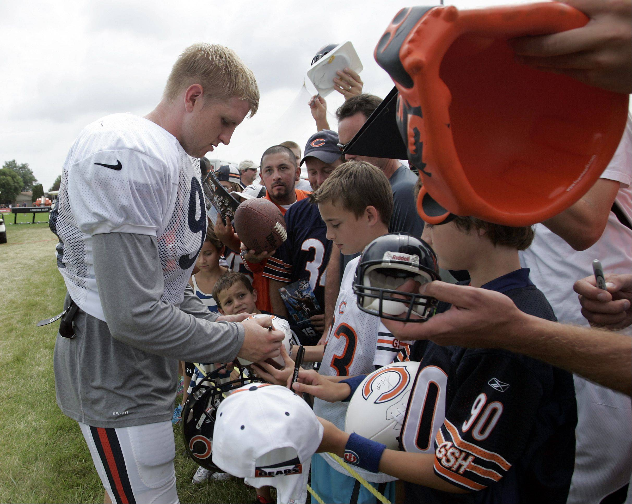 Bears defensive end Shea McClellin