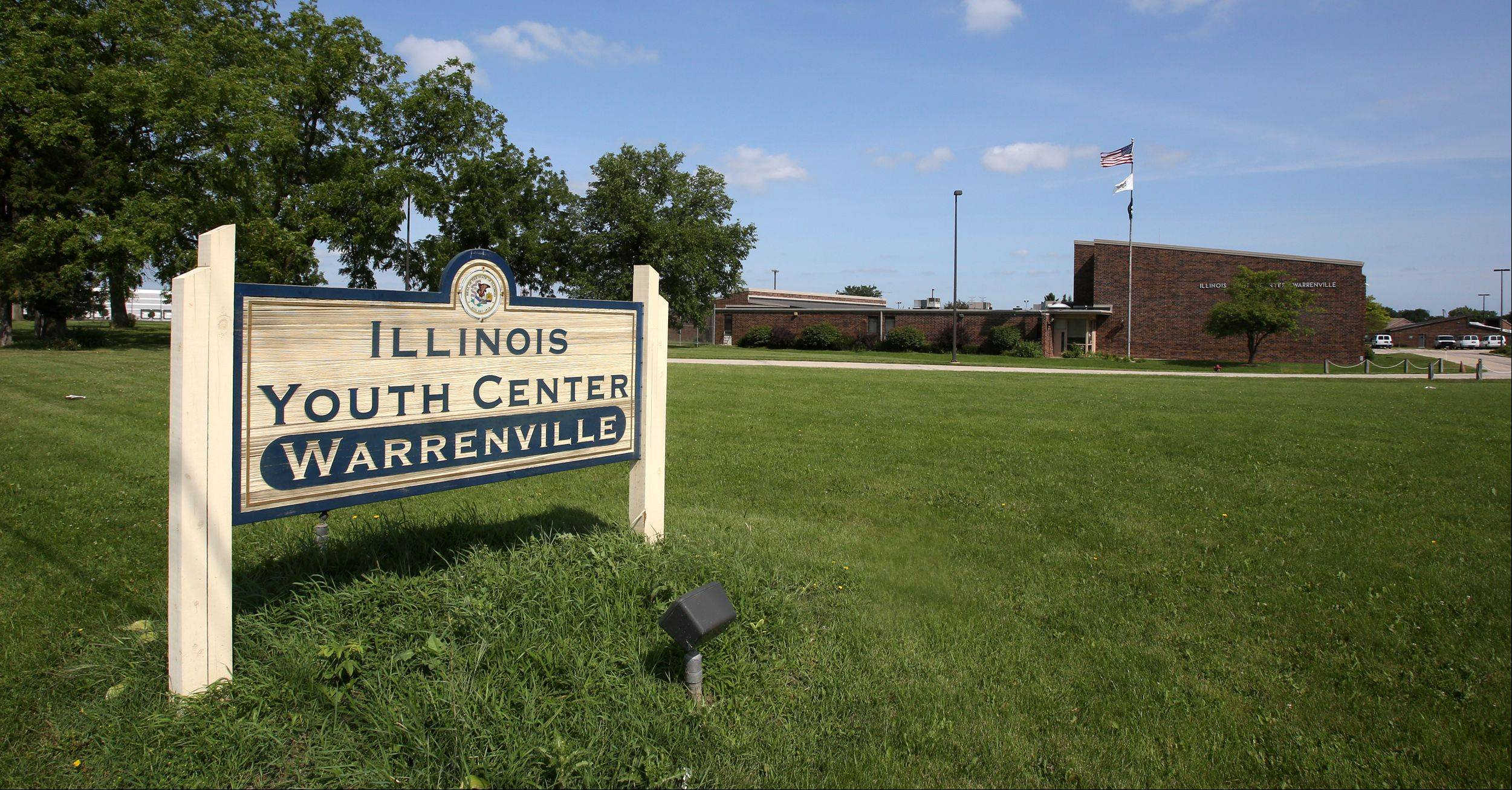 The Illinois Youth Center in Warrenville saw four suicide attempts in late 2012.