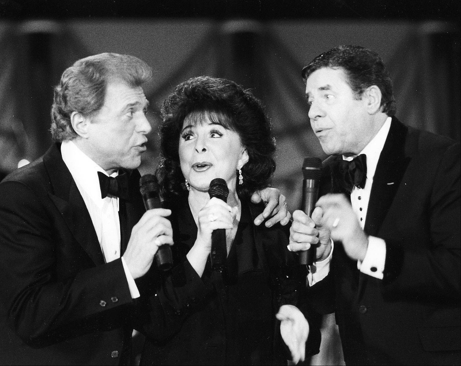 Steve Lawrence,left, Edyie Gorme, center, and Jerry Lewis during the MDA Telethon at the Sahara Hotel.