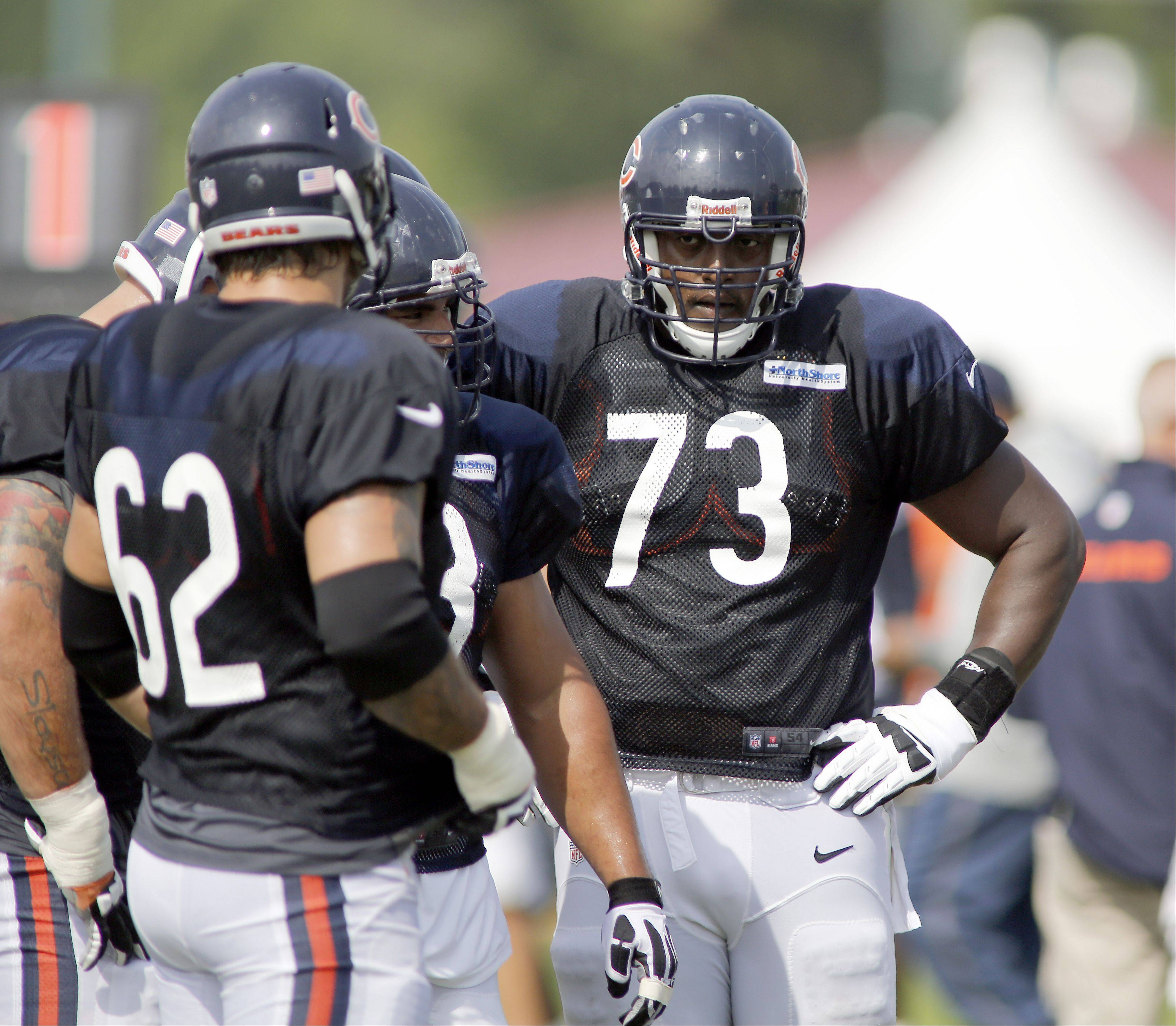 Bears right tackle J'Marcus Webb (73) found himself behind rookie Jordan Mills on the depth chart at Sunday's practice.
