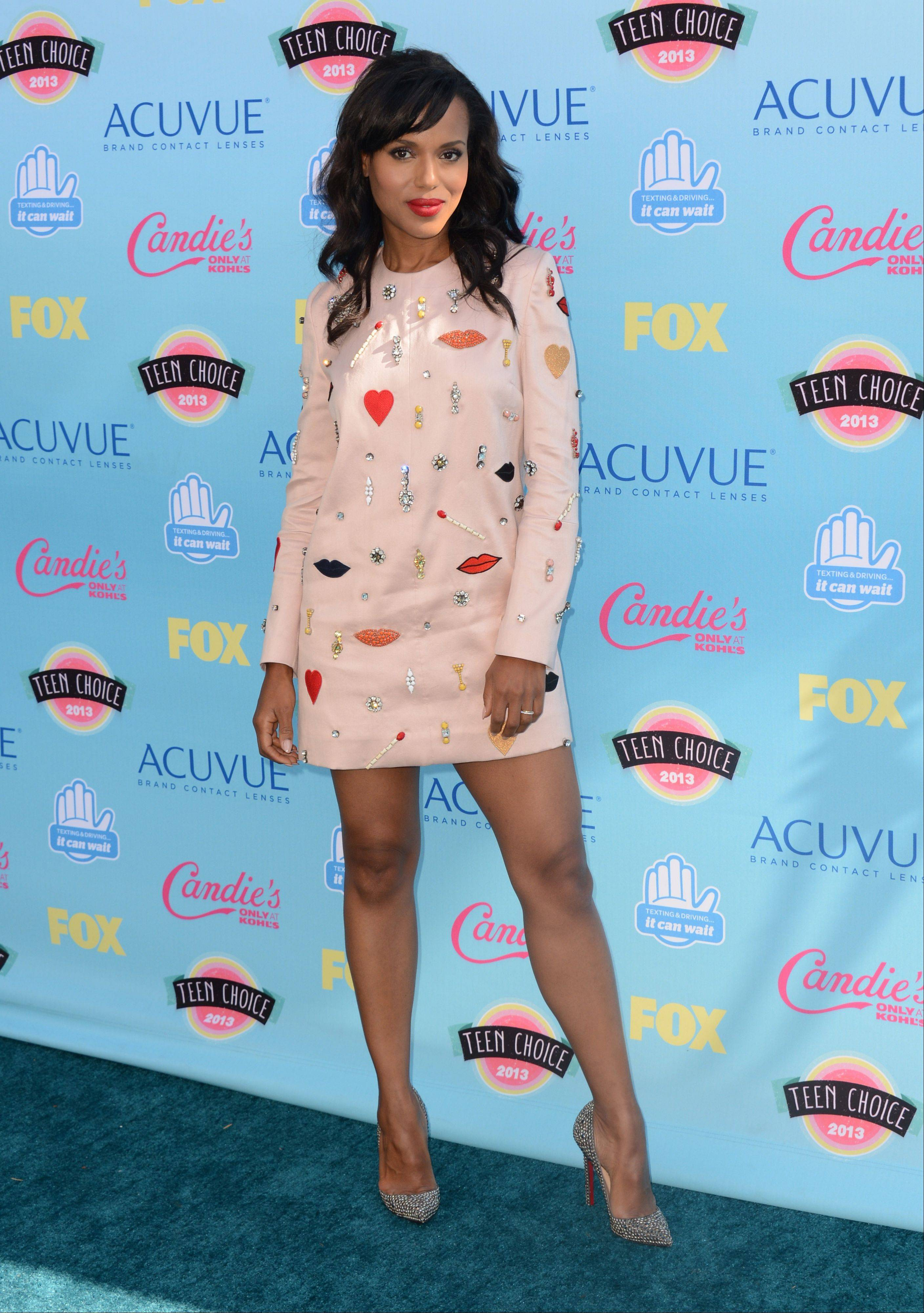 """Scandal"" star Kerry Washington arrives at the Teen Choice Awards."