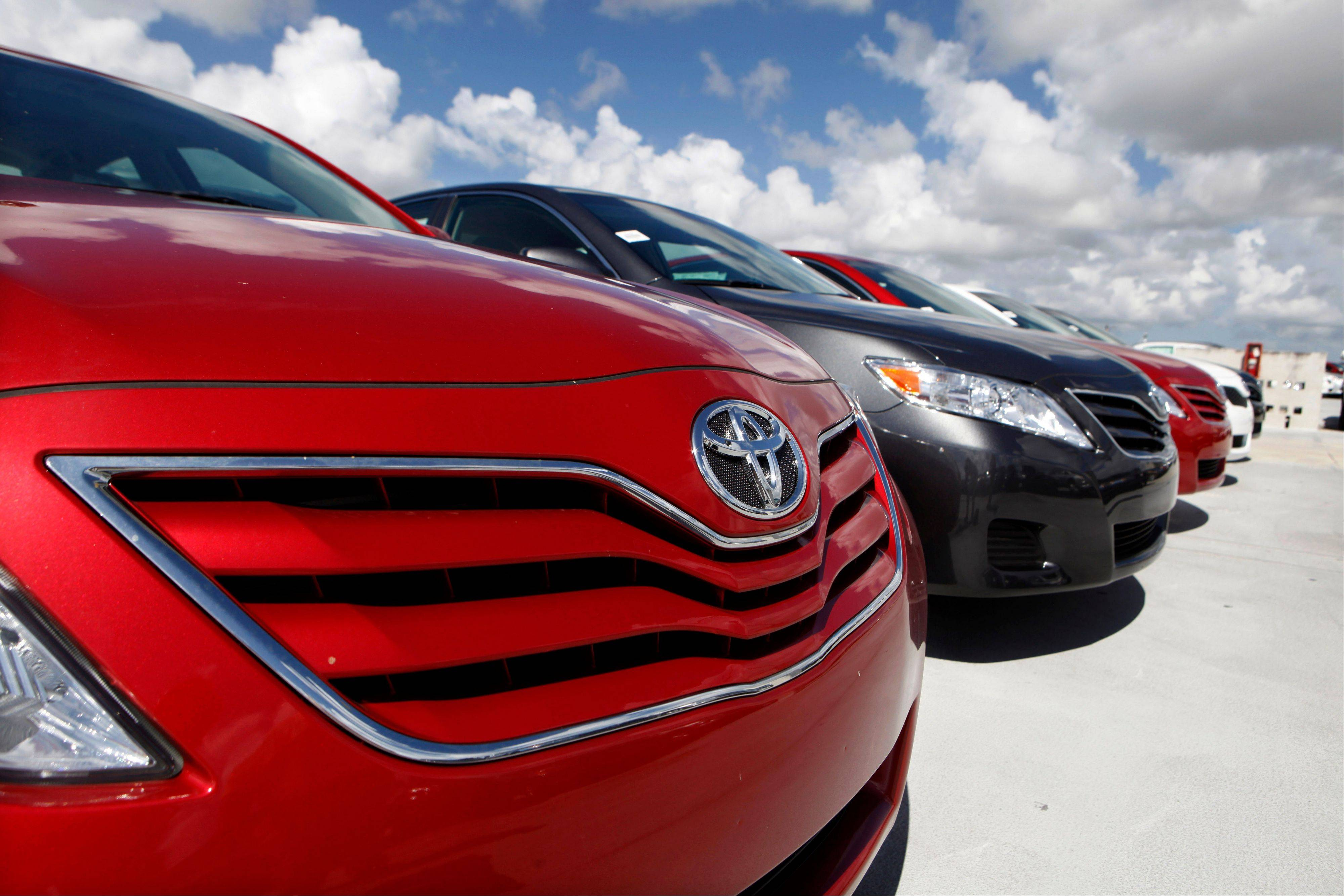 Toyota will not relinquish the Camry's spot as America's most popular car in 2013, a top executive told industry analysts on Tuesday.