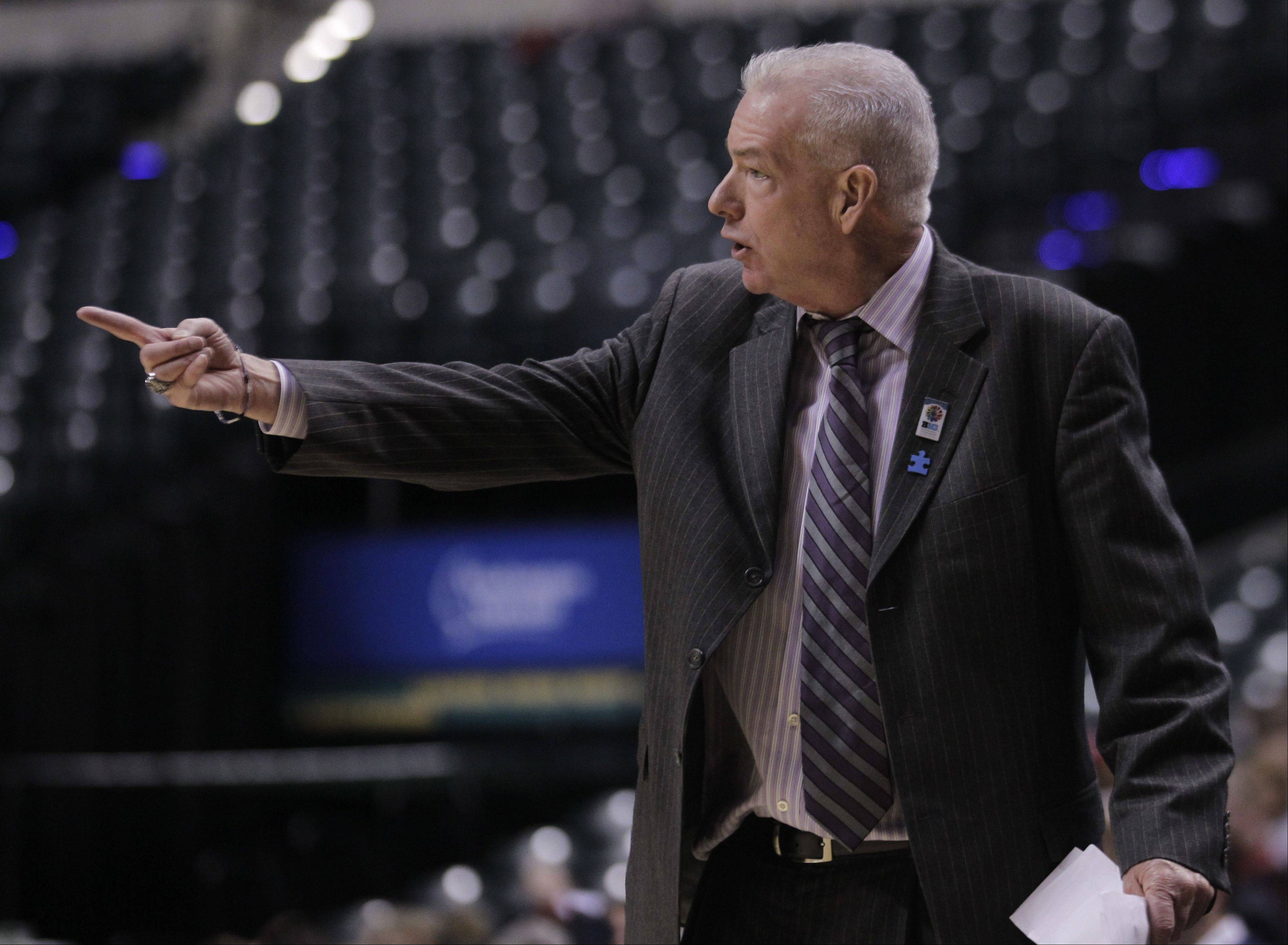 Northwestern women's basketball coach Joe McKeown has agreed to a contract extension through the 2017 with the Wildcats.