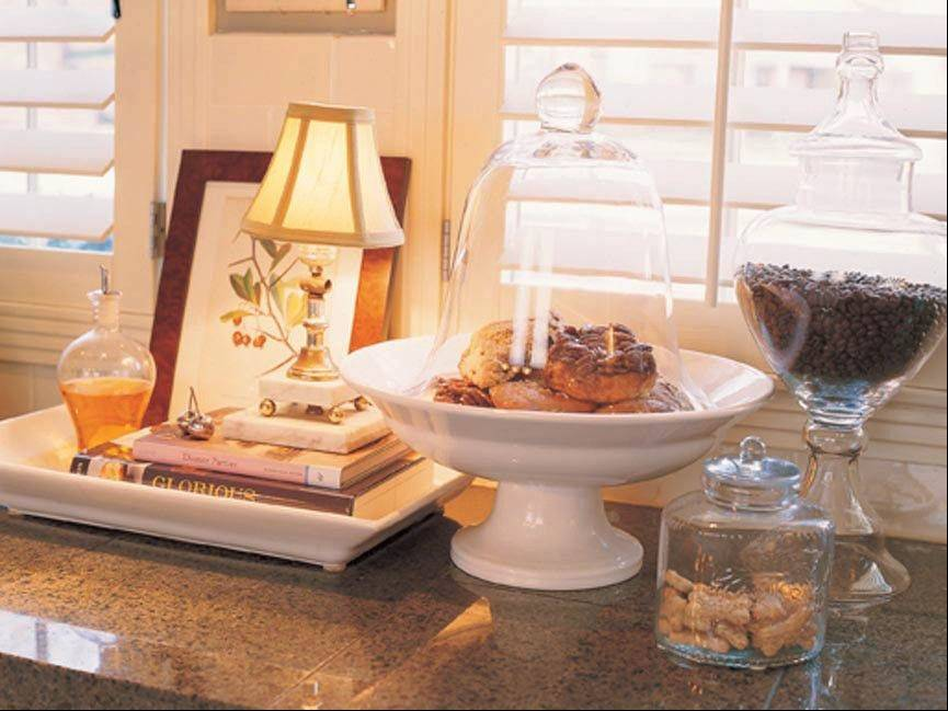 Glass domes add brilliance and beauty to your home's decor, because they allow you to beautifully showcase daily items.