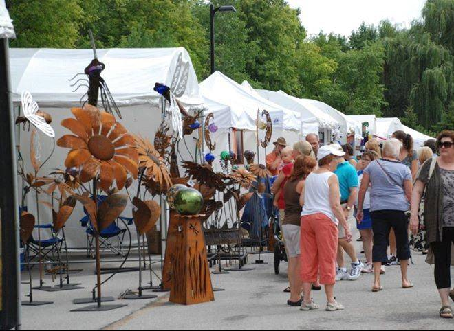 The 25th Annual Long Grove Fine Art and Wine Festival will features the work of 100 juried artists plus great food and wine.