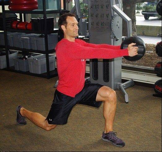 Walking lunge with twist