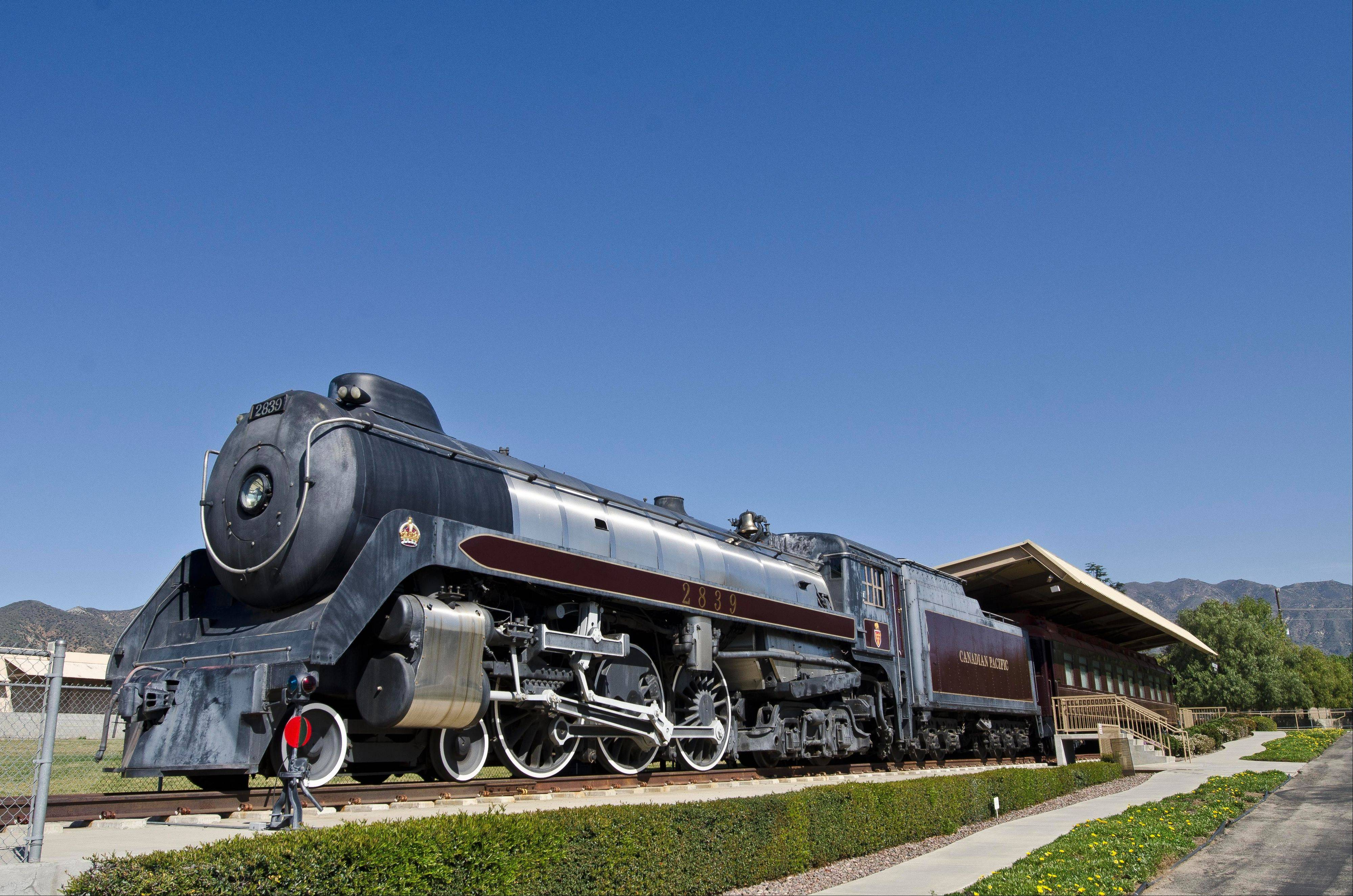 The museum has restored and now displays a 1937 Canadian Pacific Royal Hudson locomotive.