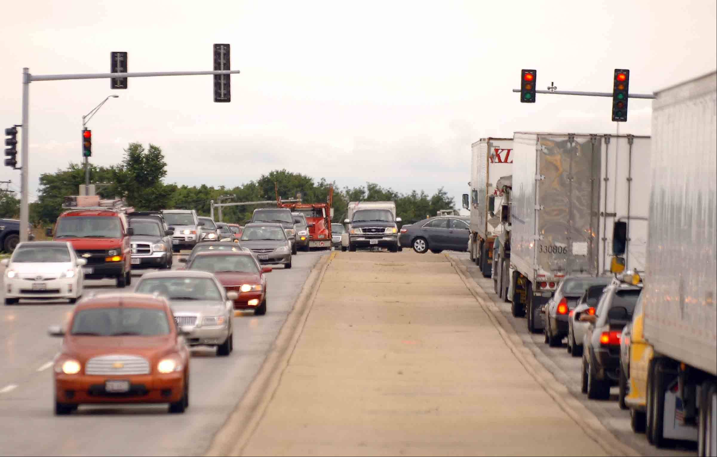 It's likely to be a hurry-up-and-wait kind of commute for the next two years on a 3.5-mile segment of Route 59 in Naperville and Aurora