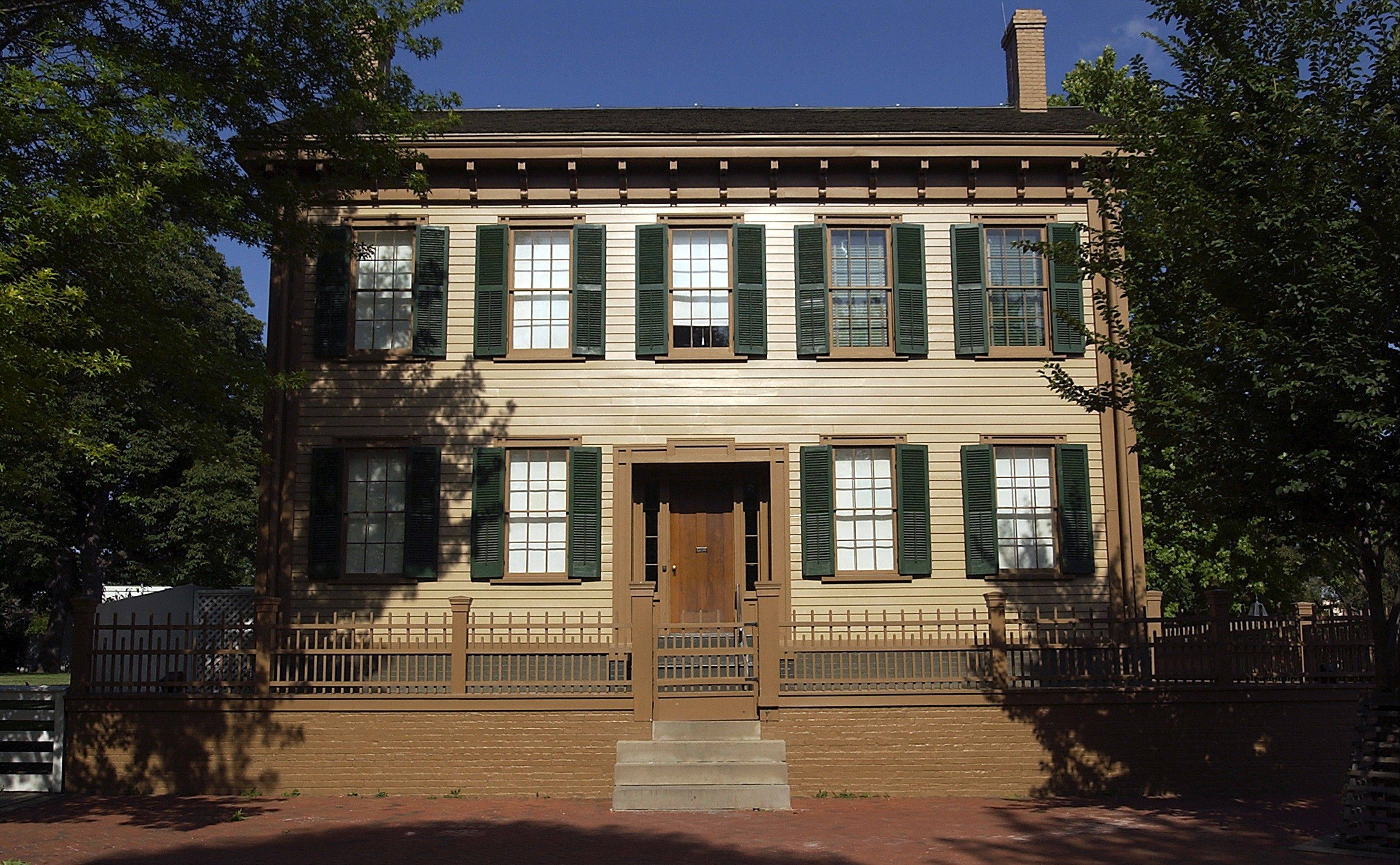 Admission to the Lincoln Home National Historic Site in Springfield is free but tickets should be picked up early in the visitor's center.