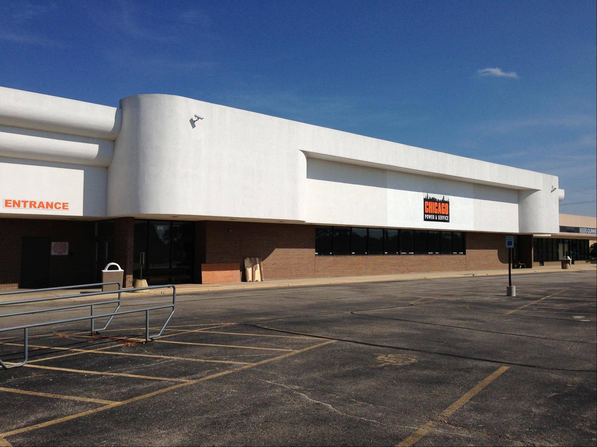 Butera Market grocery wants to purchase and renovate this vacant property at 20 Tyler Creek Plaza in Elgin. It also plans to build a new store at 880 Summit St., Elgin.