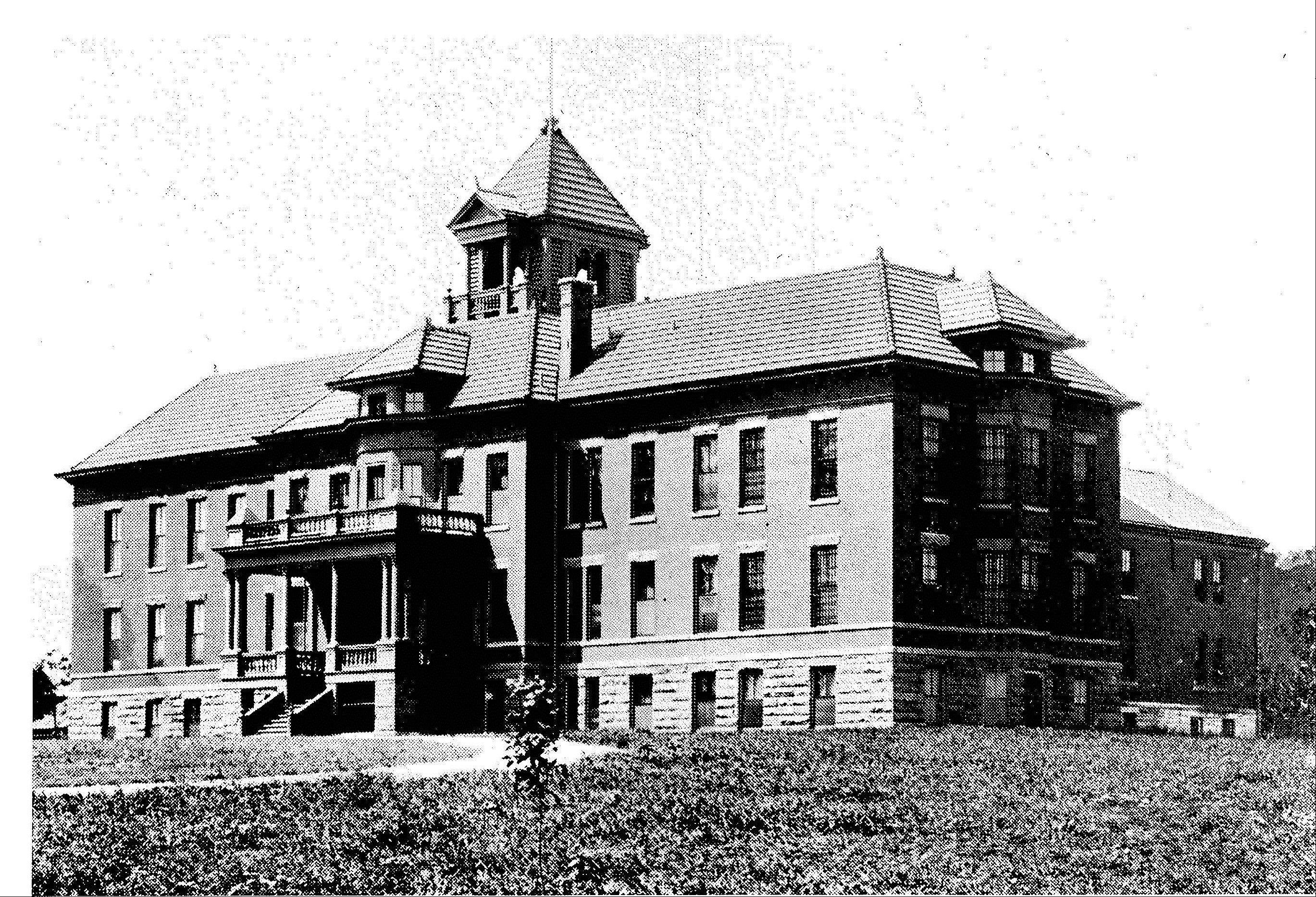 DuPage's Alms House had an average of 35 residents during the early 1900s. For most of those individuals, their stay at the facility was only temporary.