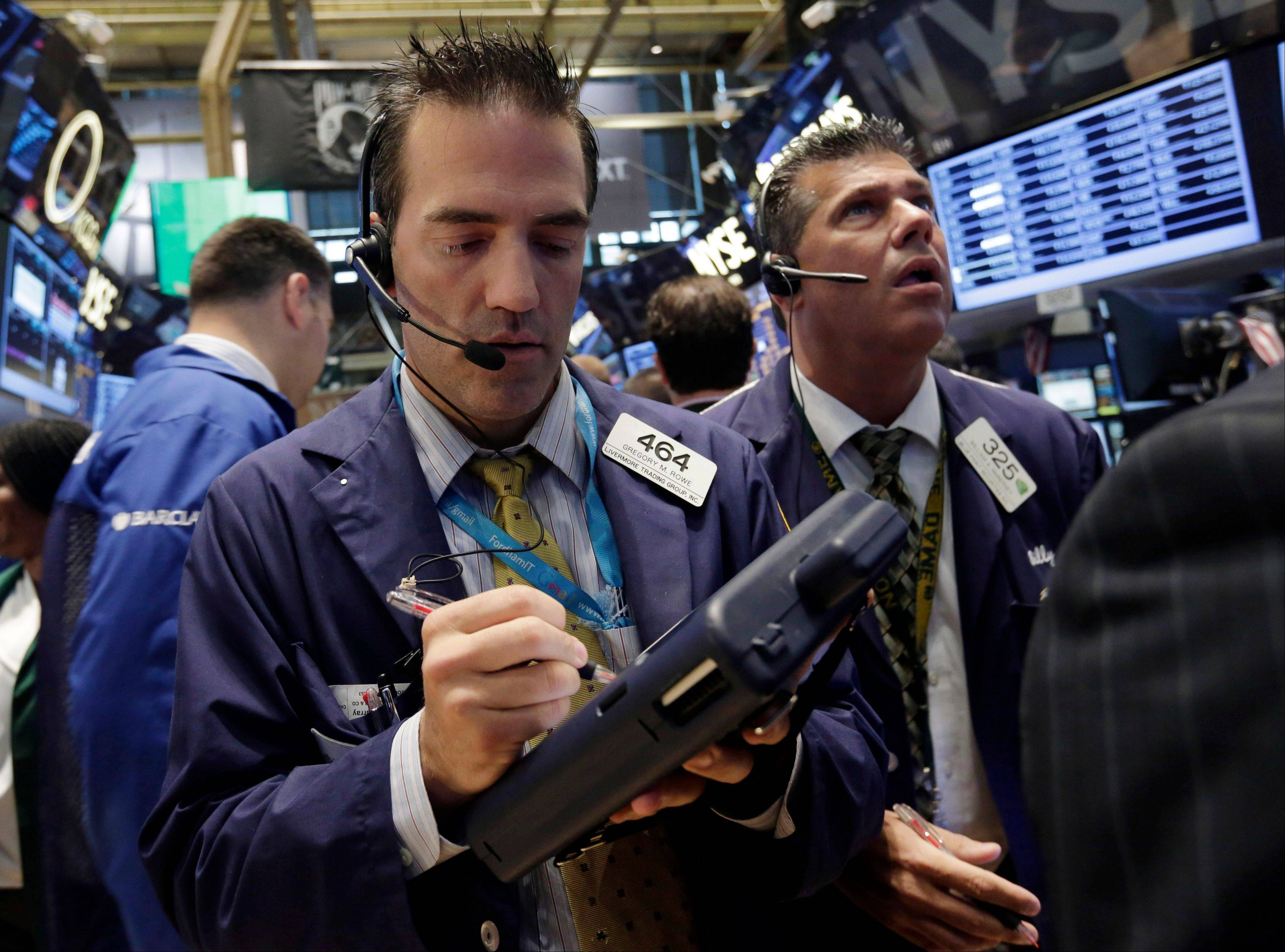 U.S. stocks rose, with the Standard & Poor�s 500 Index rebounding from an eight-week low, as energy shares rallied and investors watched developments on Syria.