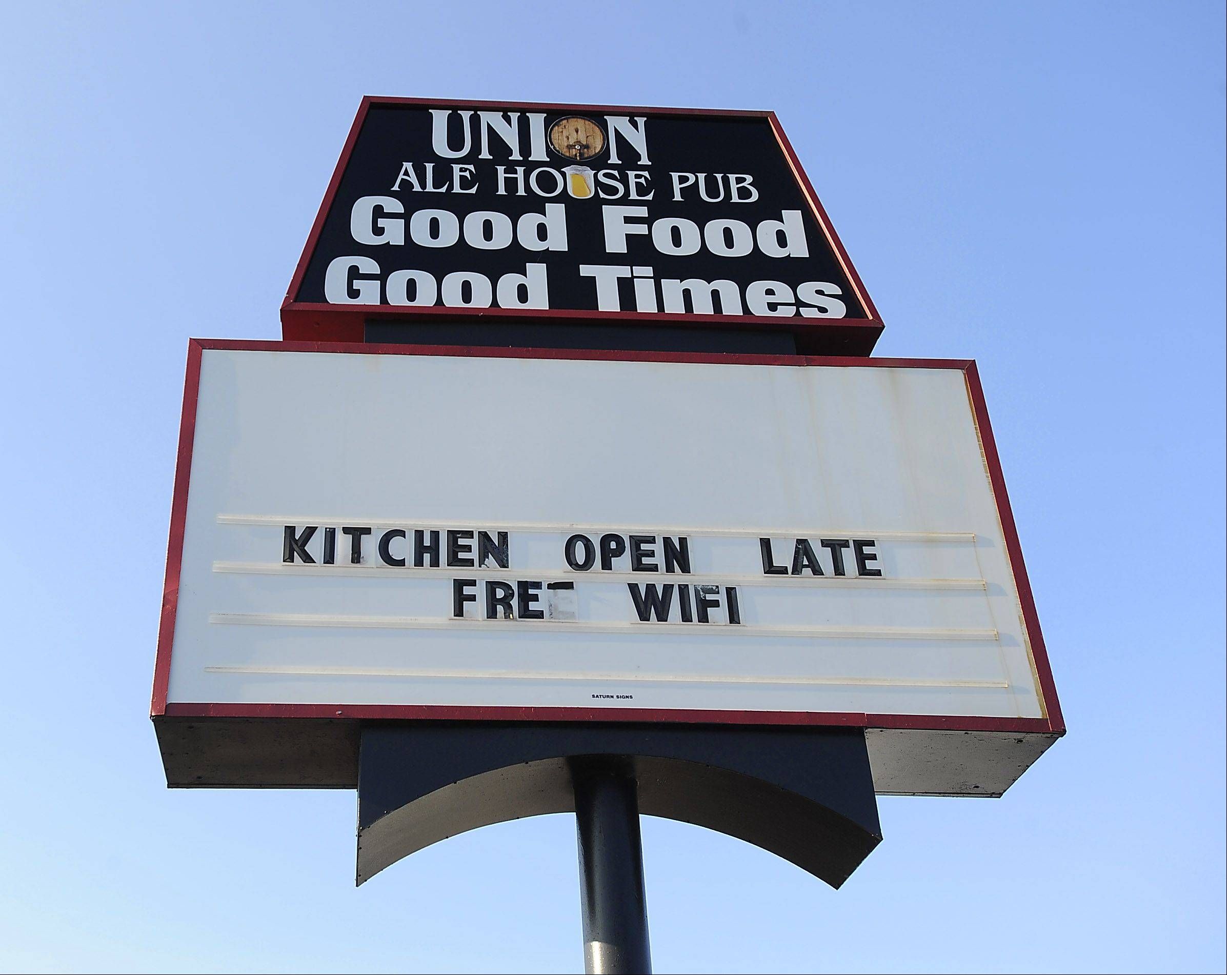Union Ale House welcomes customers in for good food and drinks.