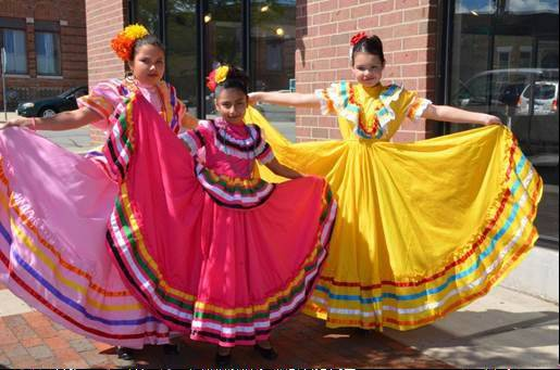 Performers from Ballet Folklorico Erandi at last year�s festival.