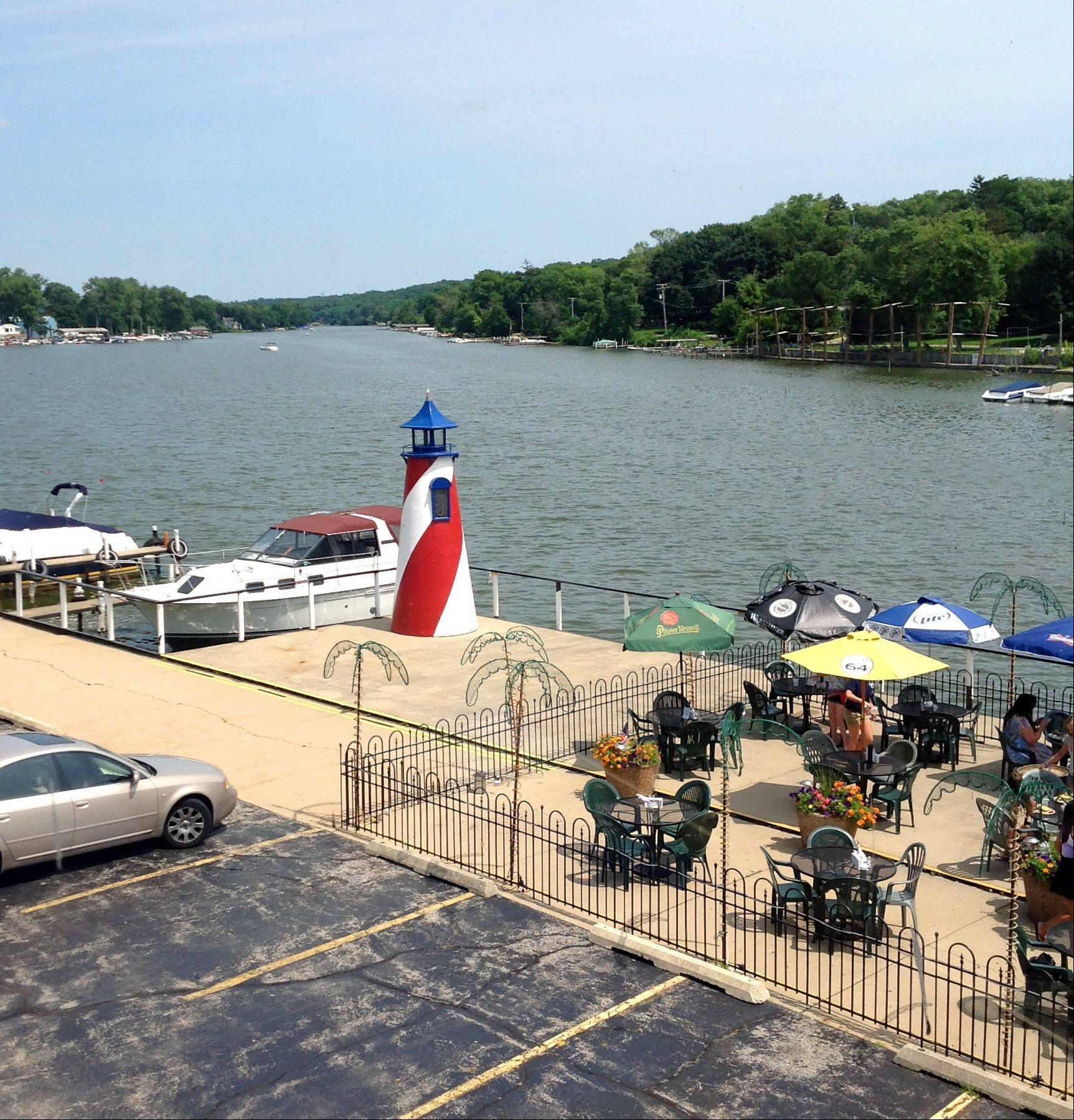 Port Edward restaurant, with its outdoor dining and motorboat access, is a focal point of Algonquin's portion of the Fox River.
