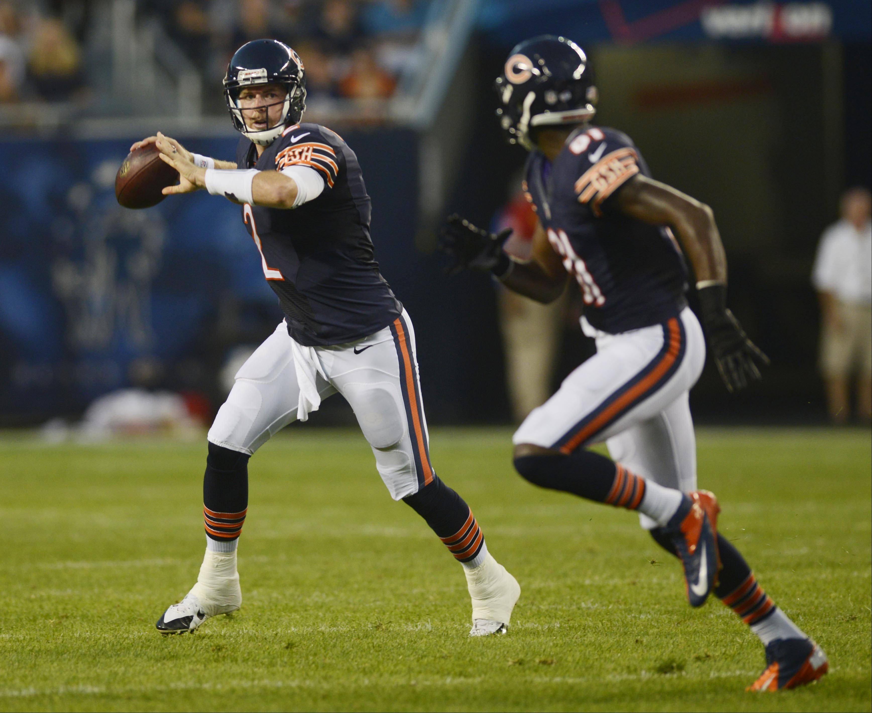 Chicago Bears quarterback Jordan Palmer throws a first-down pass to wide receiver Terrence Toliver.
