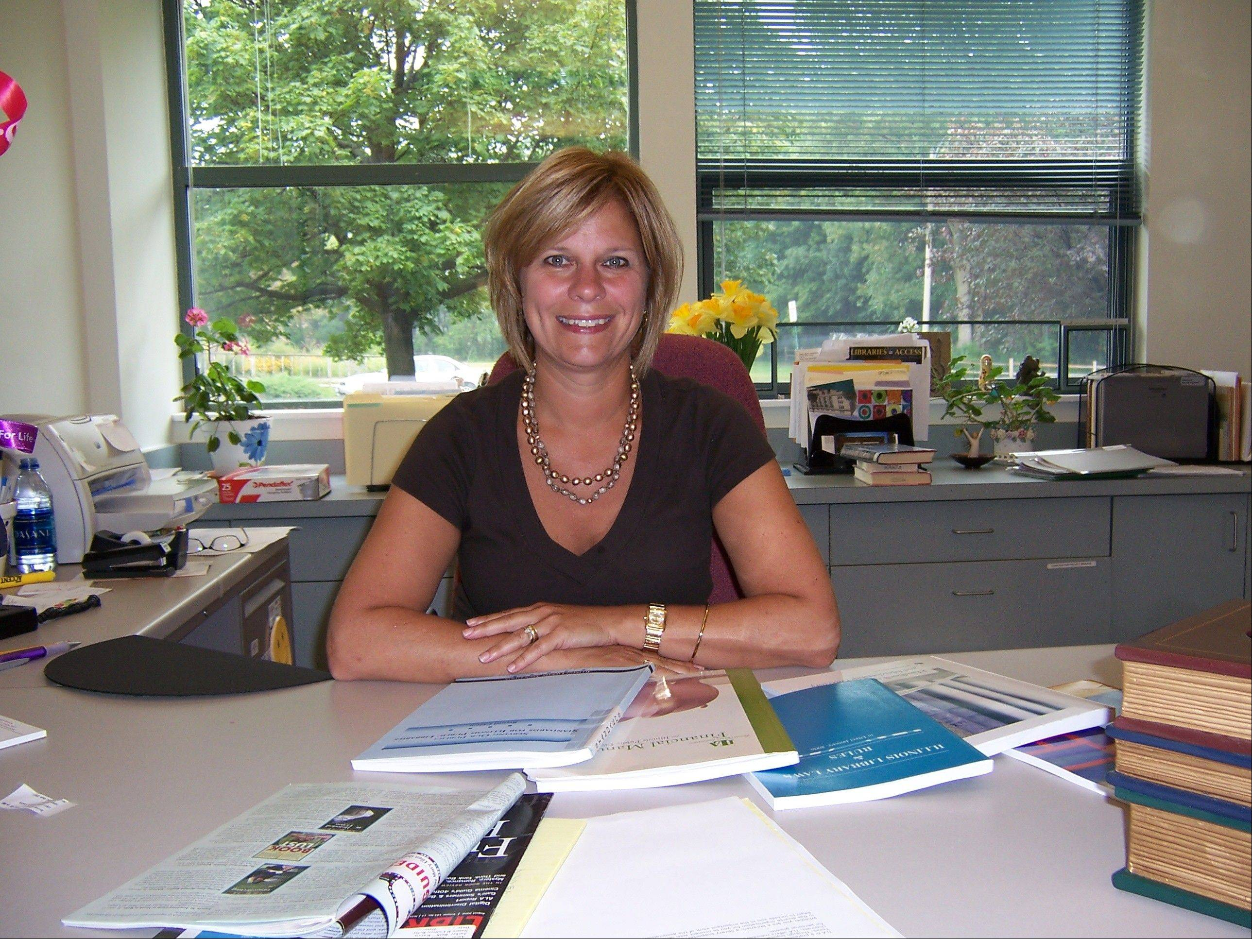Wheaton picks library director from Itasca