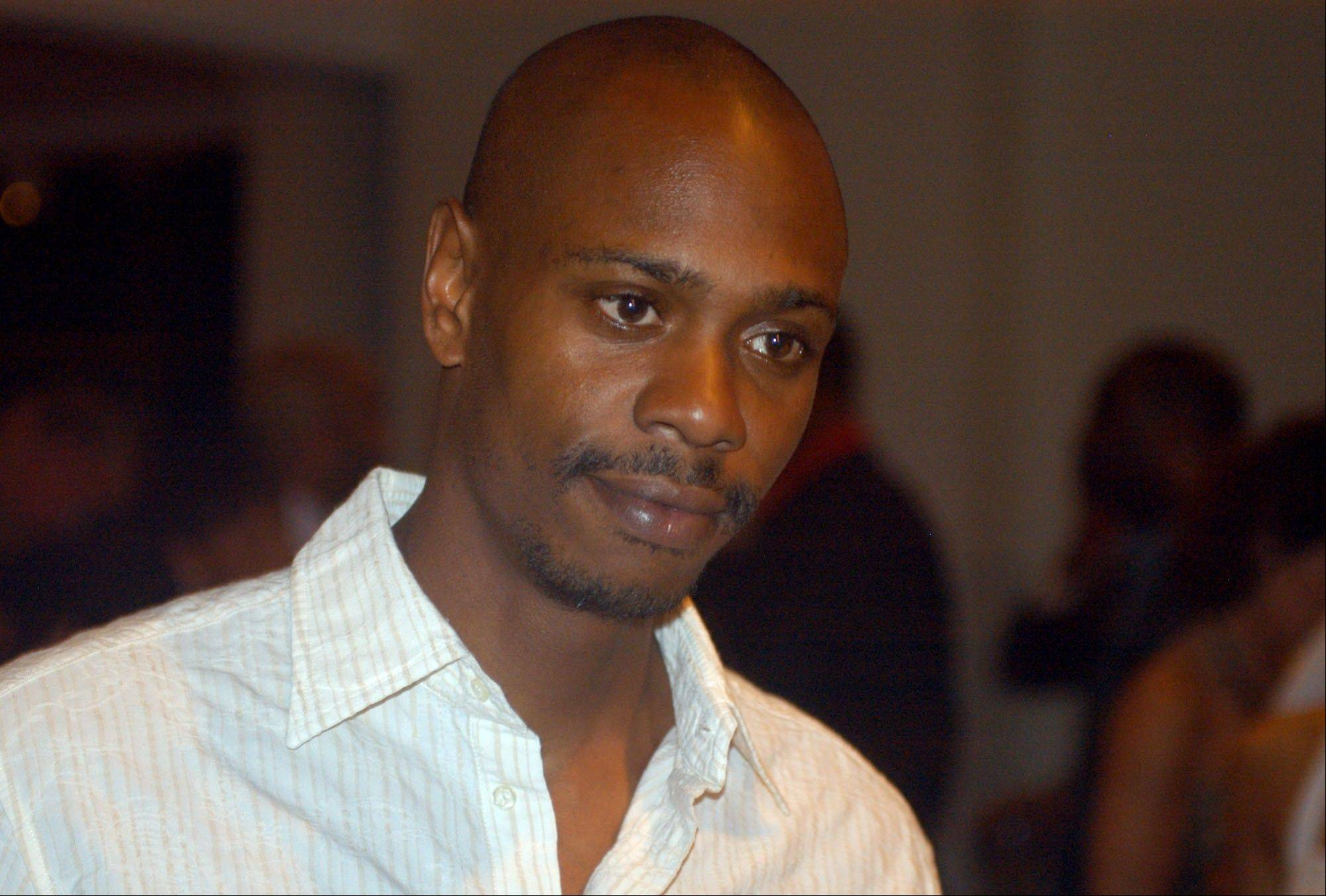 Comedian Dave Chappelle decided to sit out most of his show in Hartford Thursday because of a noisy audience.