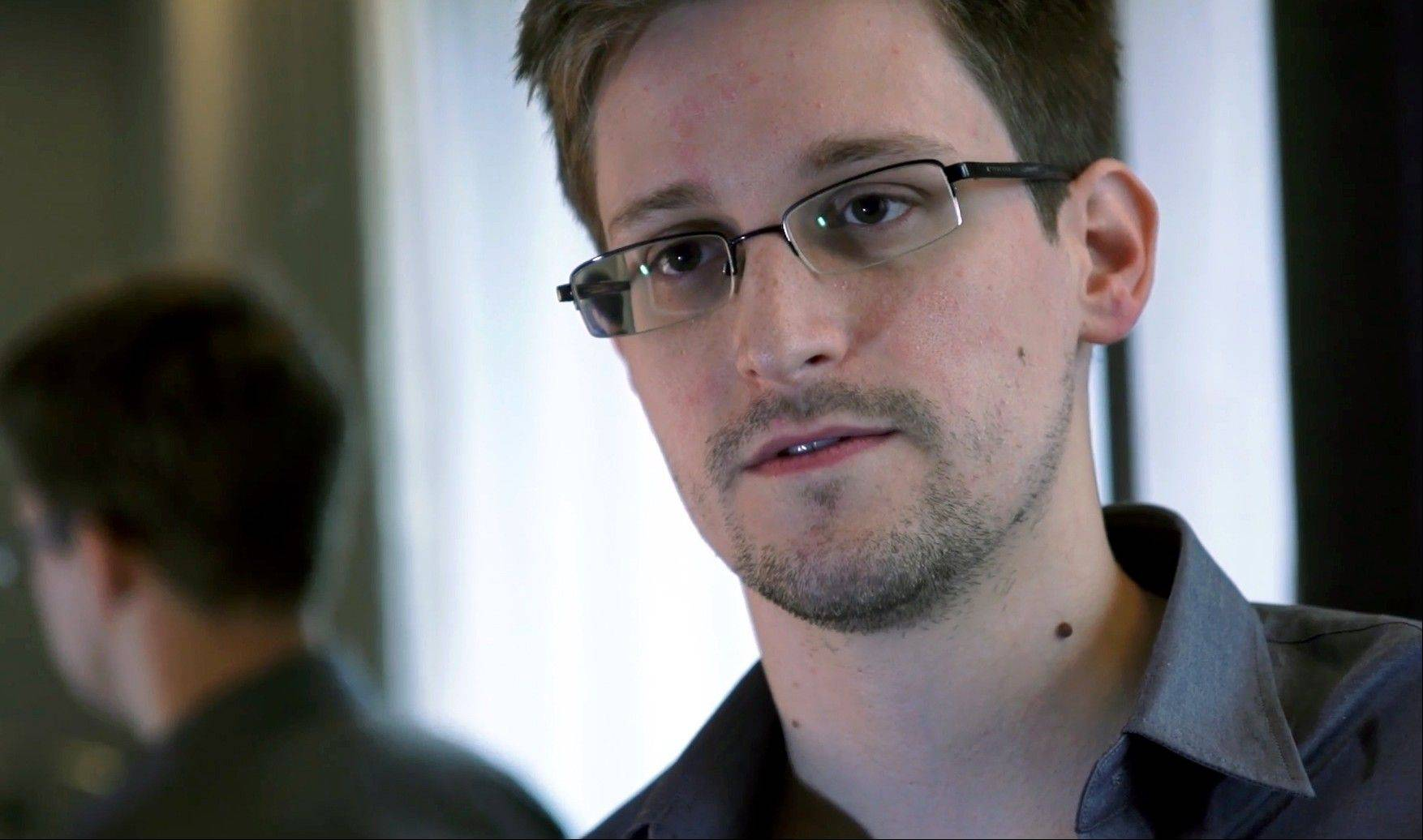 Associated Press/The Guardian NewspaperEdward Snowden, who worked as a contract employee at the National Security Agency, has given reports on intelligence programs to British media.