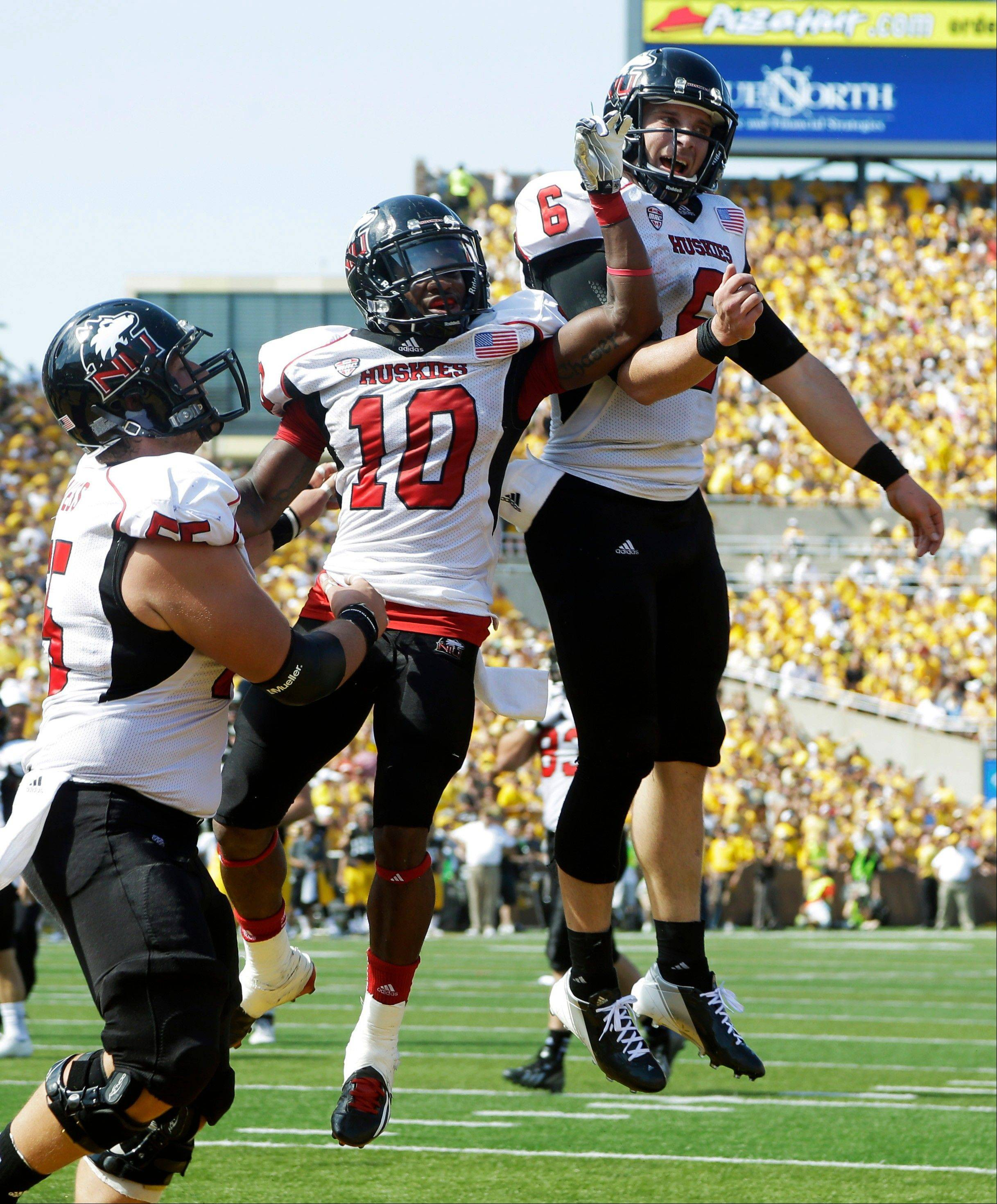 NIU pays back Iowa with comeback