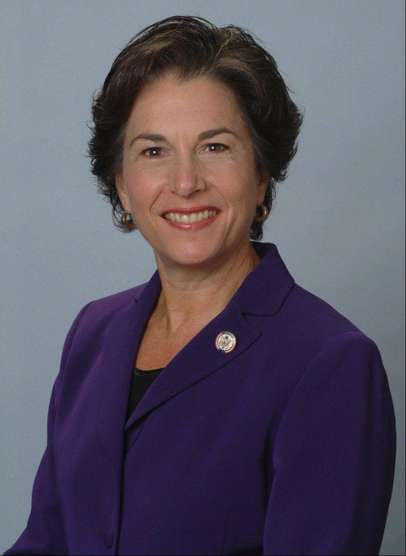 Schakowsky: 'Shadow of Iraq' slowing Congress on Syria