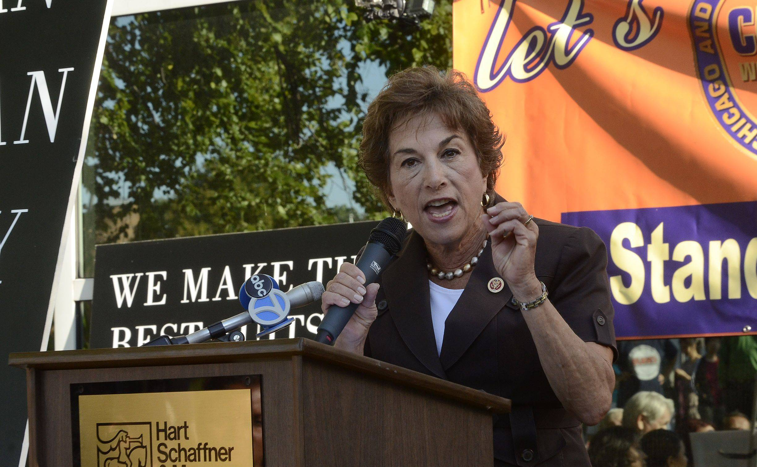 U.S. Rep. Jan Schakowsky speaks at a rally in front of the Hart Schaffner & Marx factory in Des Plaines, where workers protested the proposed Trans-Pacific Partnership free trade agreement.