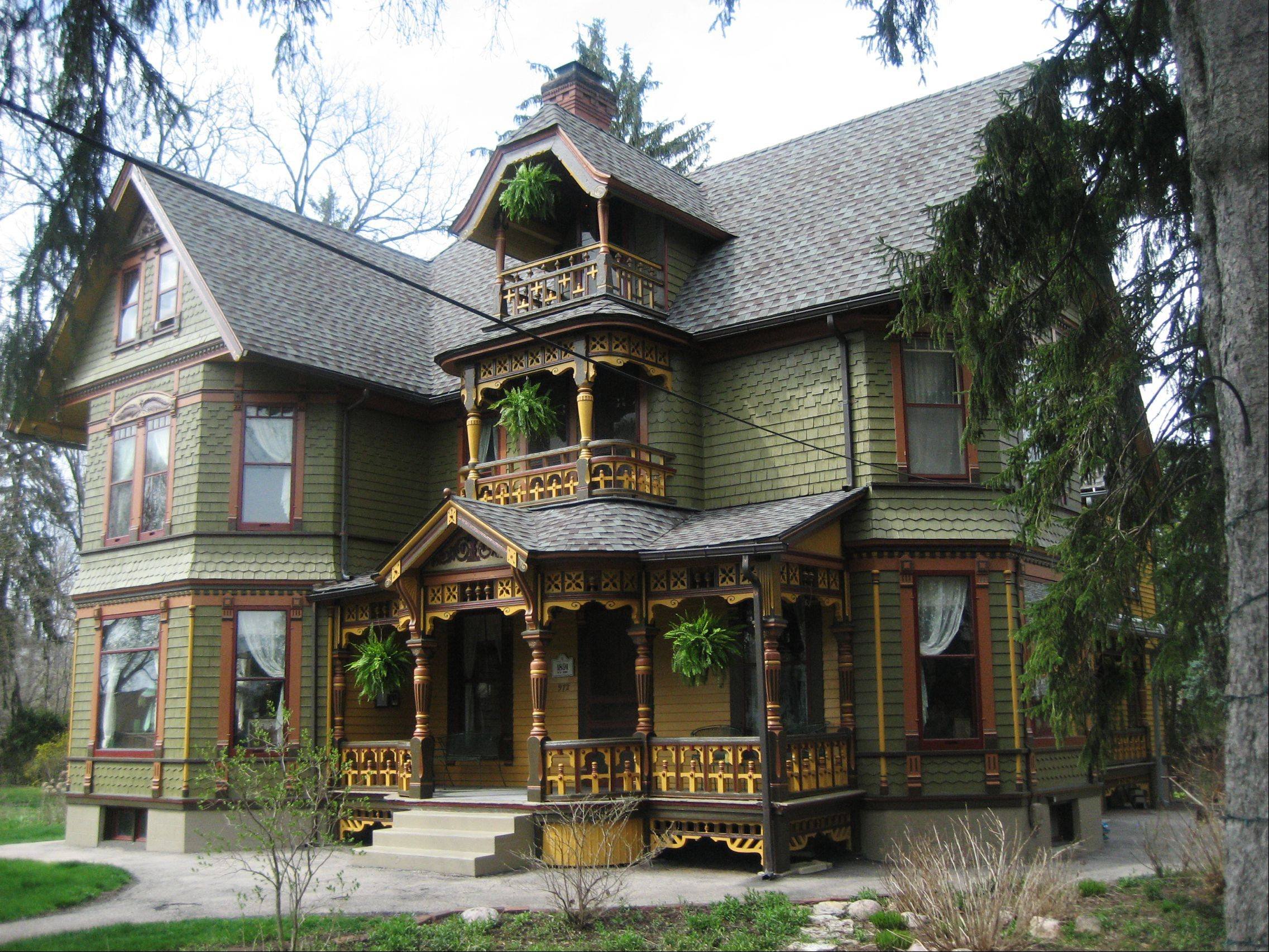 "The 18-room Wing Mansion at 972 Highland Avenue will be featured on the Historic Elgin House Tour for the fifth time. ""It's so popular, people cannot get enough of it. It's our headliner house,"" said steering committee coordinator Bill Briska."
