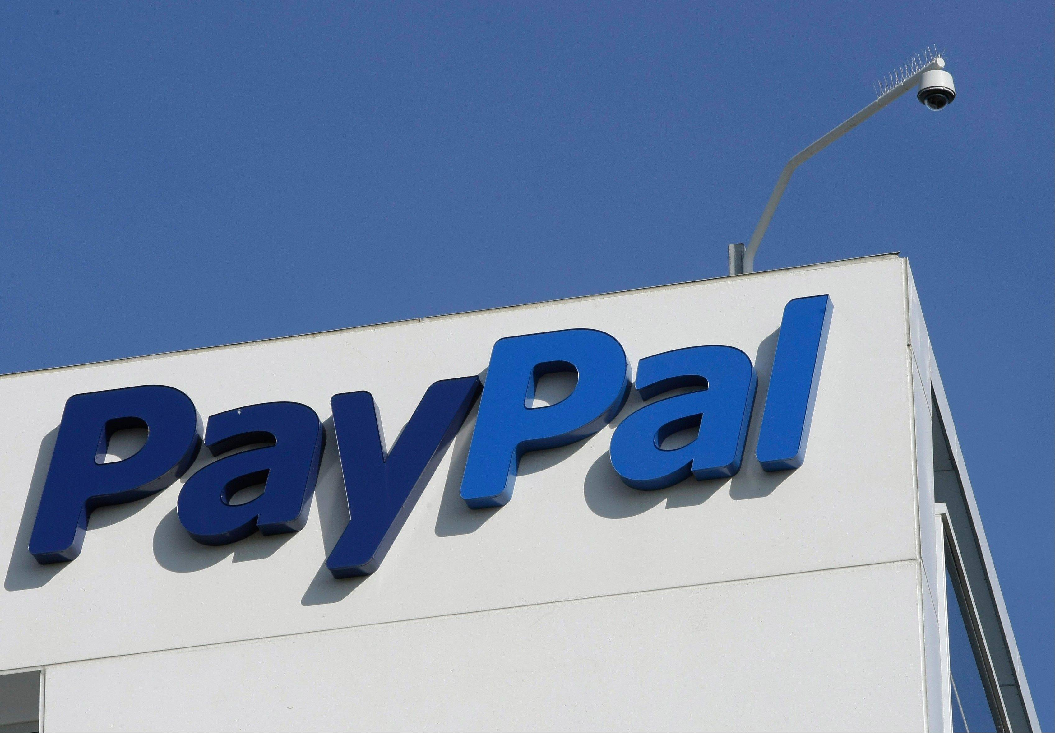 PayPal is updating its mobile app, adding features such as the ability to place an order ahead of time and pay with it while at the restaurant table.