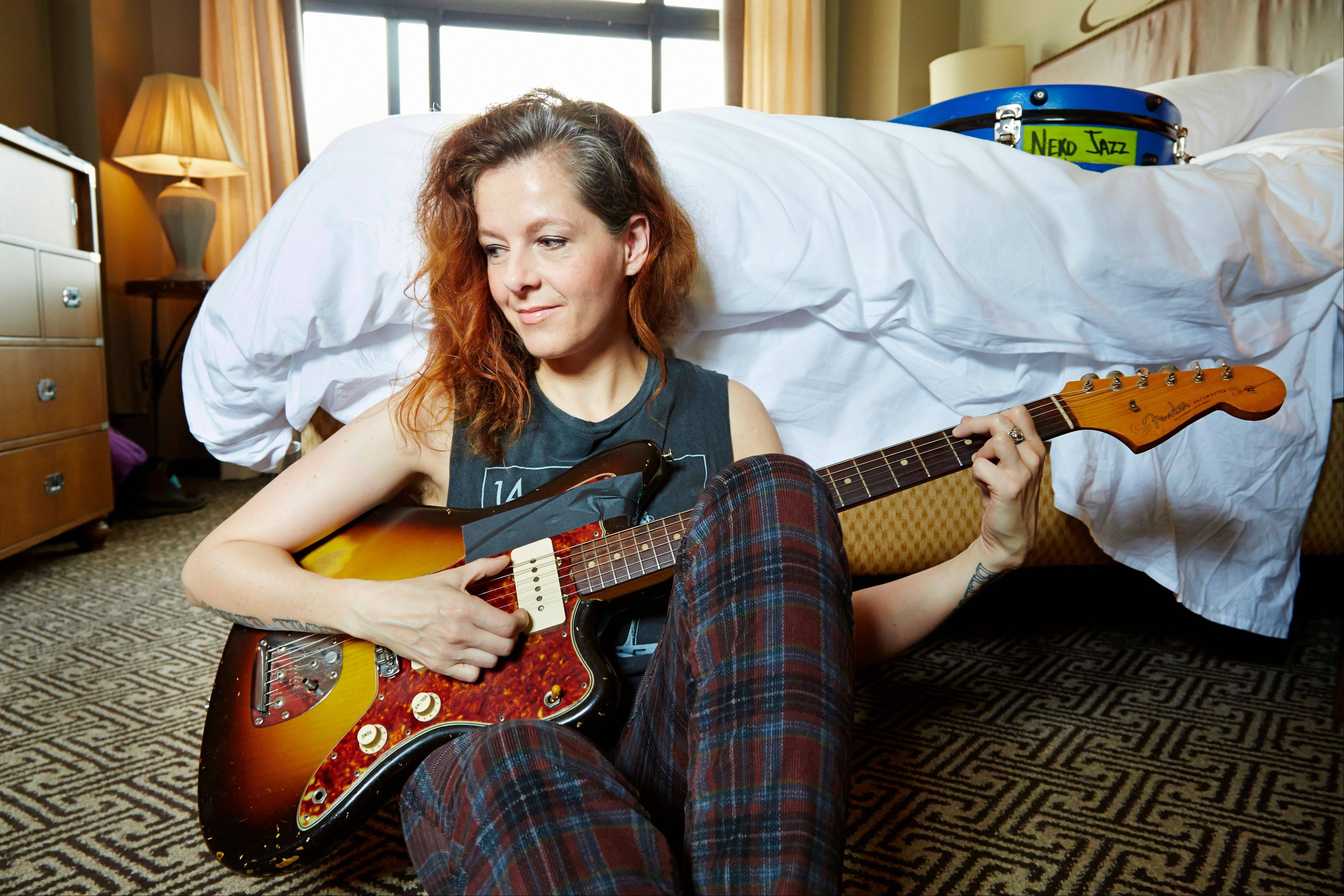 Singer-songwriter Neko Case relies on teamwork for her music.