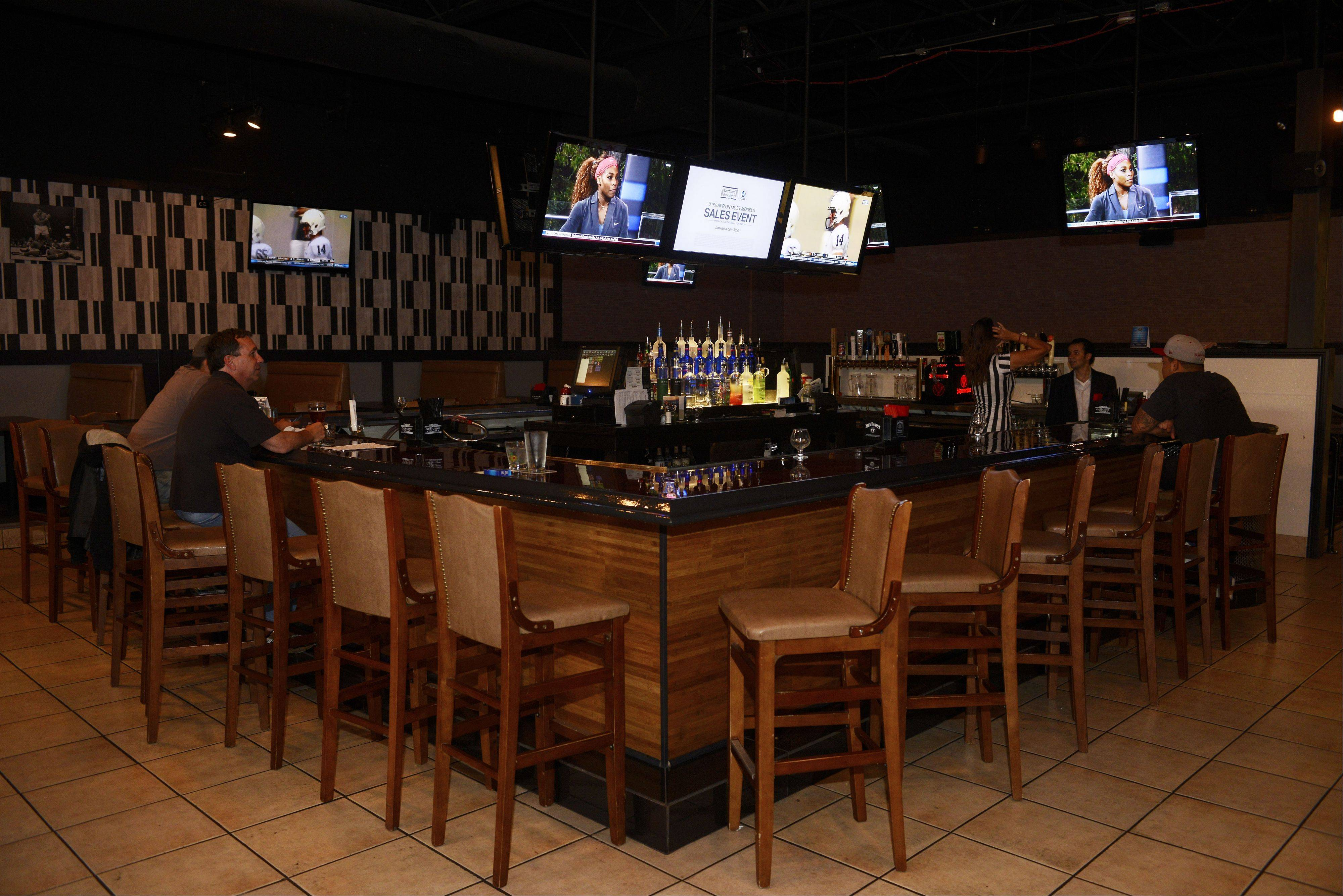 Schaumburg Ale House aims to draw football fans this fall.