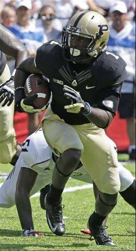 Purdue running back Akeem Hunt moves upfield against Cincinnati in a blowout road loss last Saturday. The Boilermakers managed only 65 yards on 22 carries in the ground game.