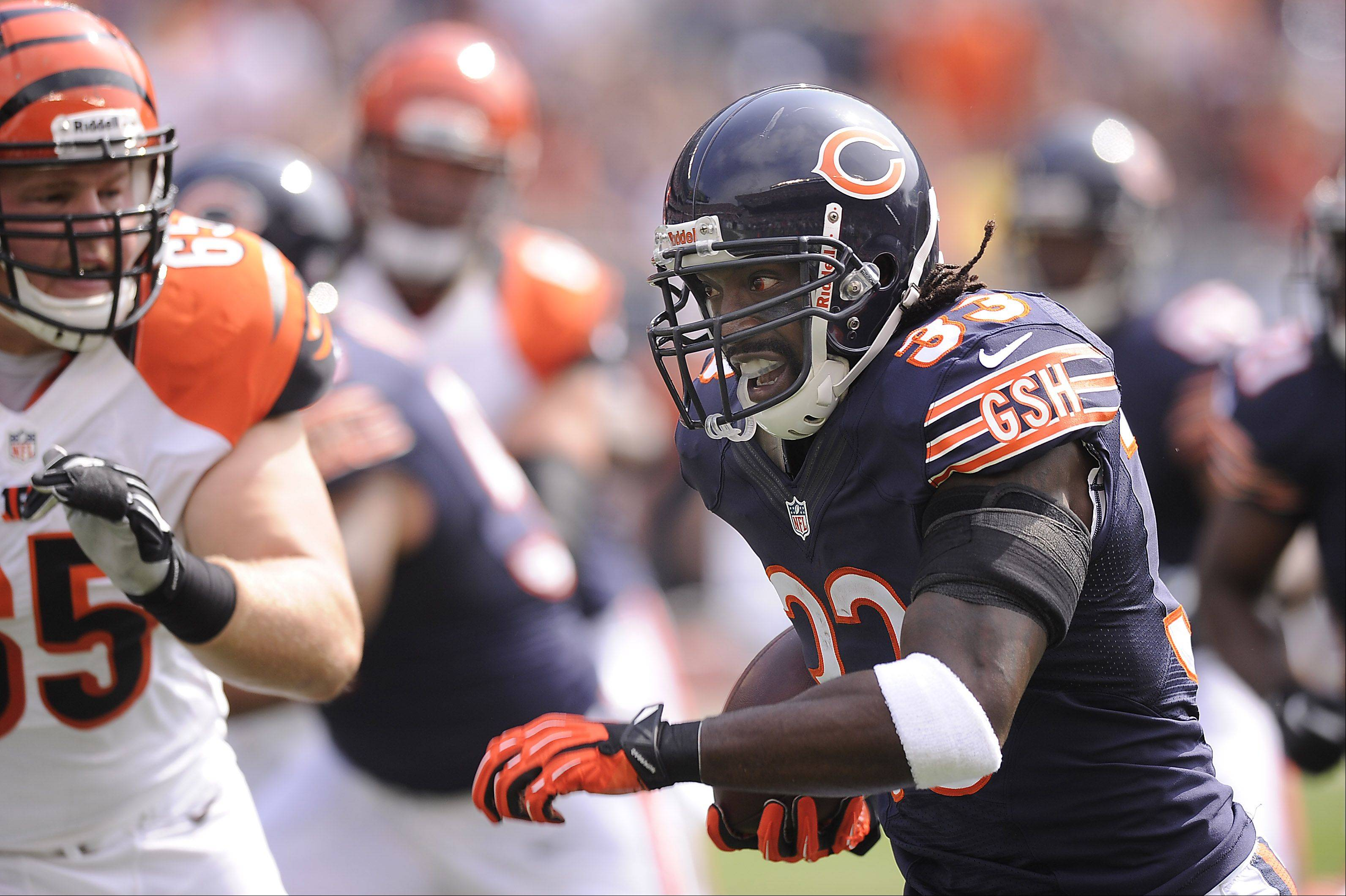 Images: Bears vs. Bengals, football