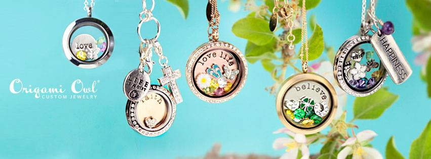 Displayed Unique Living Lockets. Each Locket tells it's own Story. With an unlimited stock, and a large variety of Charms. Your Locket will tell your story without ever speaking a word. I am do Happy to be apart of this Great opportunity, and better yet, to be able to Mentor and guide other woman and Teens to reach their Goals.