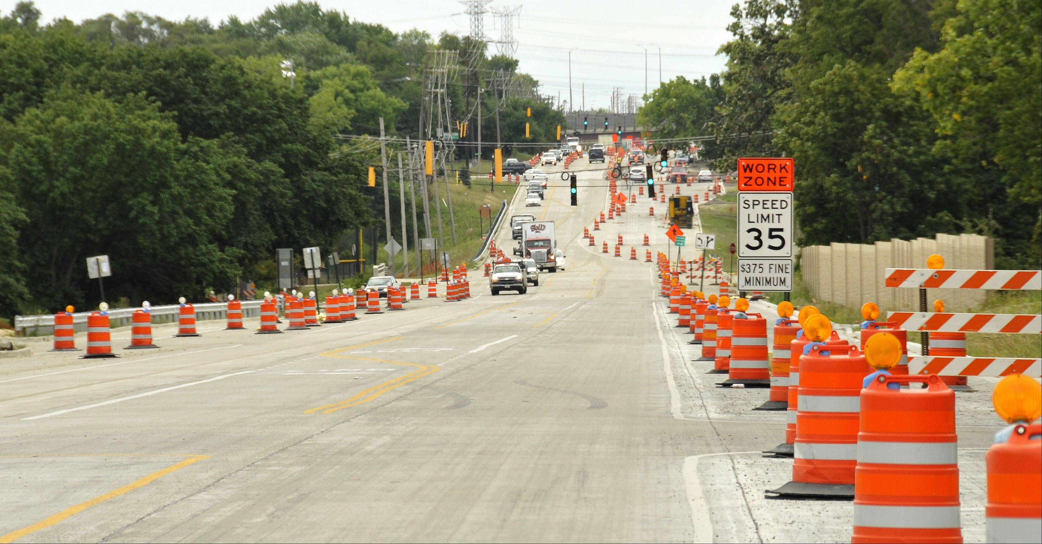 Construction continues on Route 53 between Army Trail Road and the Elgin-O'Hare Expressway.