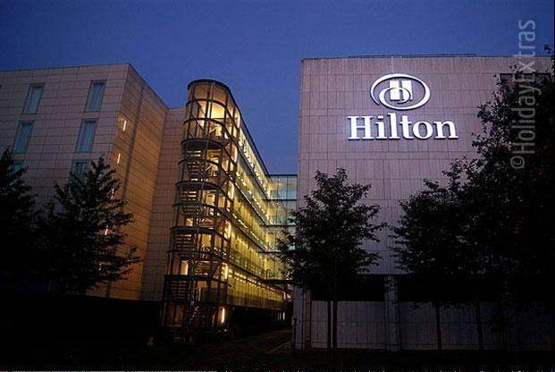Hotel operator Hilton Worldwide Holdings Inc. plans to raise $1.25 billion from an initial public offering of its common stock.