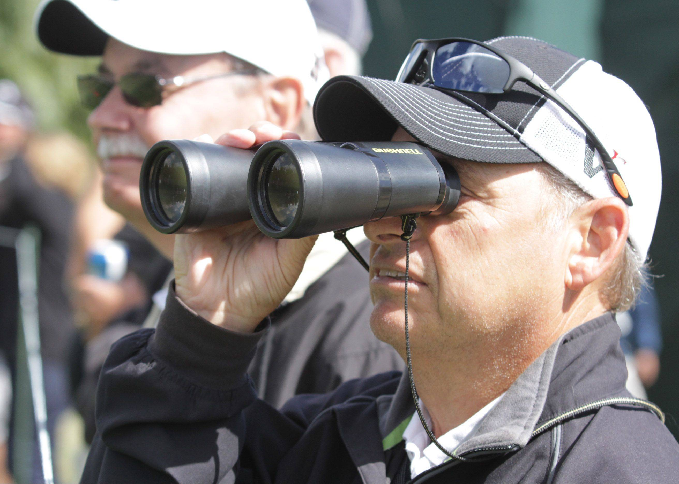 Pete Catalano of Medinah watches Sergio Garcia on the 4th hole.