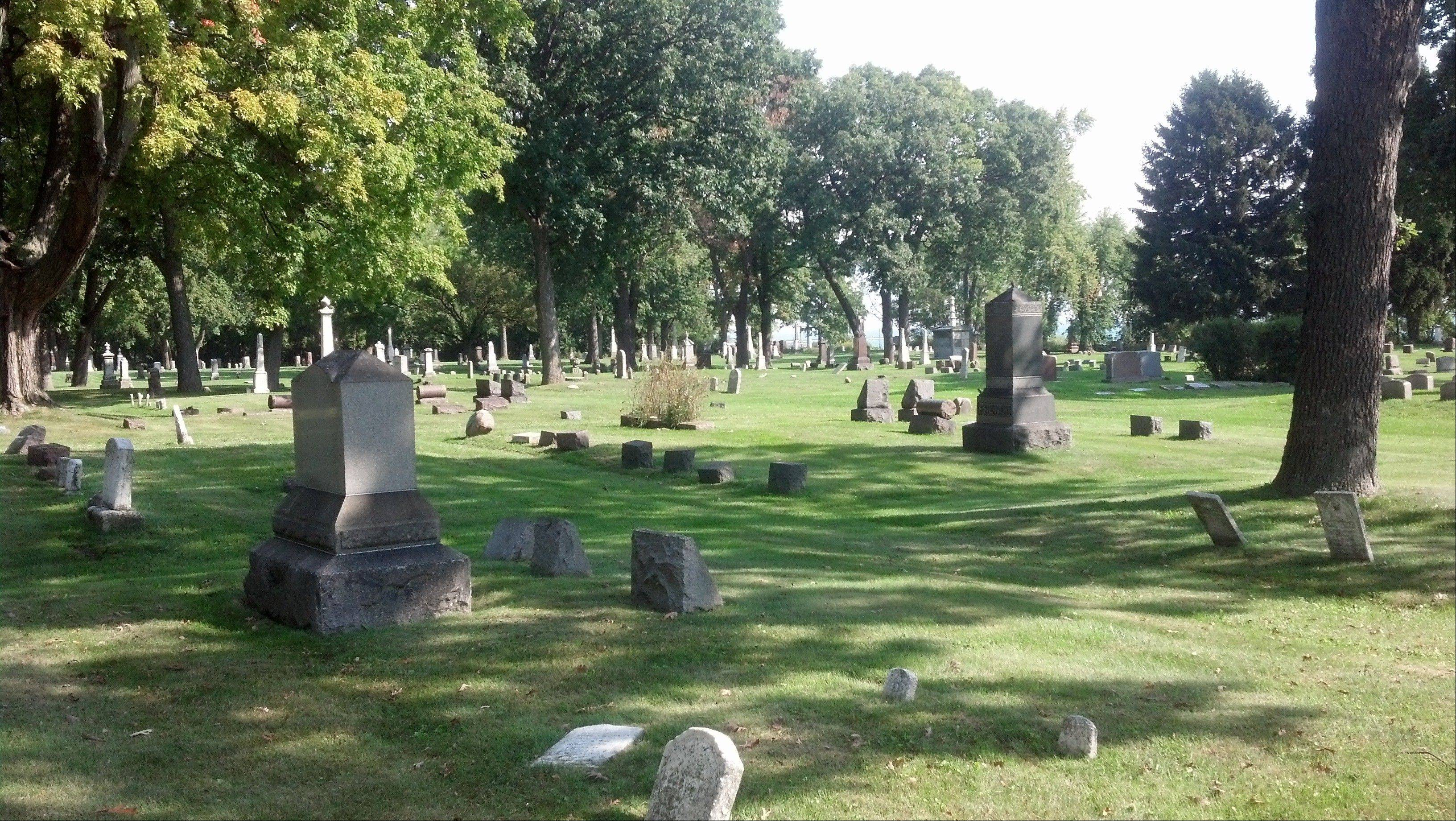 Oakwood Cemetery is the site of the Waukegan Park District's annual Cemetery Walk. This year's walk will be from noon to 3:30 p.m. Saturday, Sept. 21, with buses leaving from Lilac Cottage in Bowen Park, 1911 N. Sheridan Road, Waukegan.