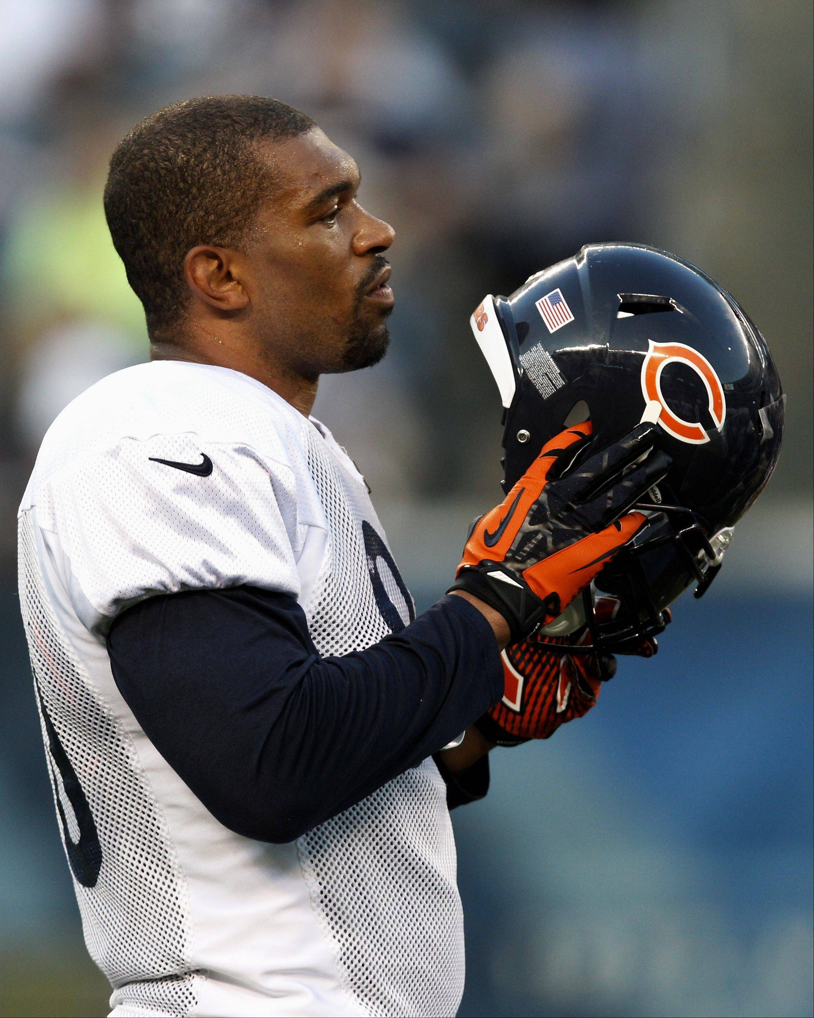 Bears defensive end Julius Peppers has been slowed by both injury and illness.