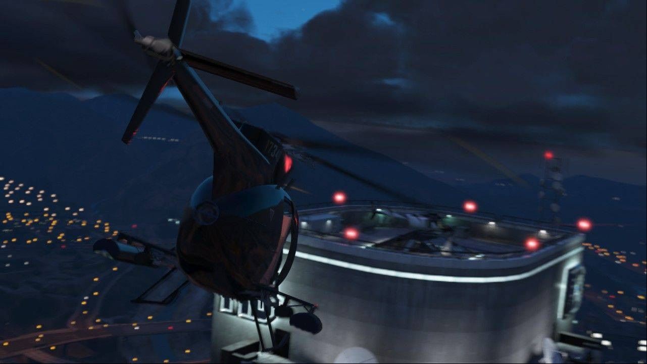 "Get an aerial view of the city of Los Santos from a helicopter in the latest incarnation of ""Grand Theft Auto."""