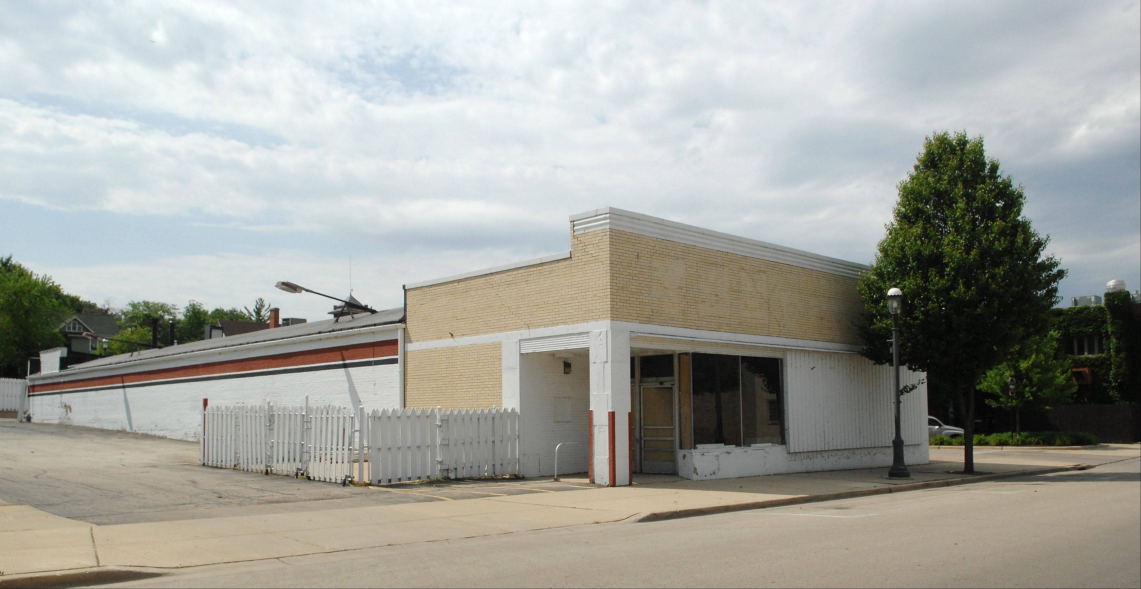 A local group would like to turn the shuttered Ziegler's Ace Hardware store in West Dundee into a performing arts center.