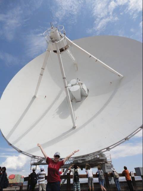 During a summer math and science program at the New Mexico Institute of Technology, Kimberly Dauber visited the 27 radio antennas at Very Large Array.